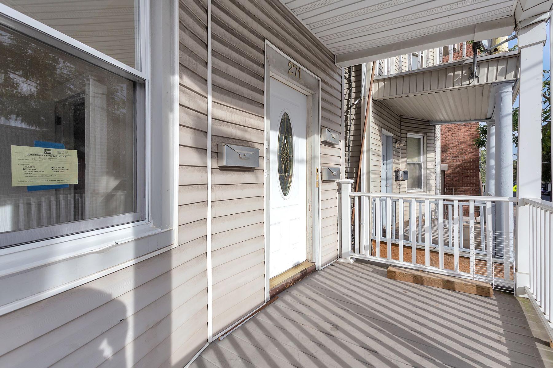 Maison avec plusieurs logements pour l Vente à Completely Renovated 271 William Street, Orange, New Jersey 07050 États-Unis