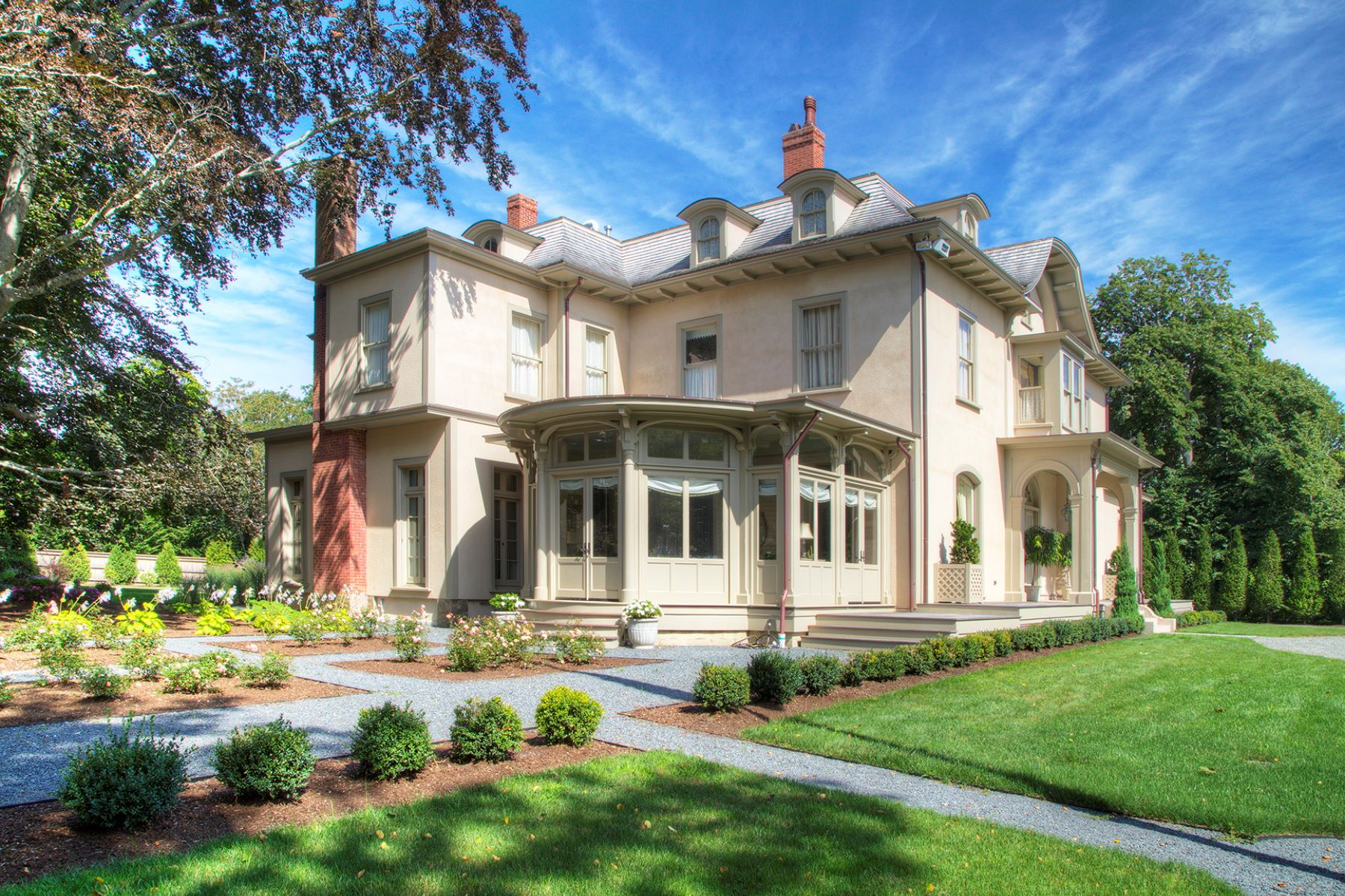 Additional photo for property listing at Historic Quatrel on Bellevue 673 Bellevue Avenue Newport, Rhode Island 02840 États-Unis