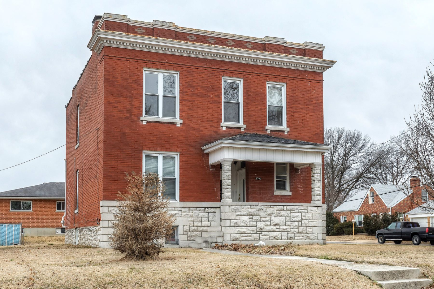 Multi-Family Home for Sale at Seibert Ave 4760 Seibert Ave St. Louis, Missouri 63123 United States