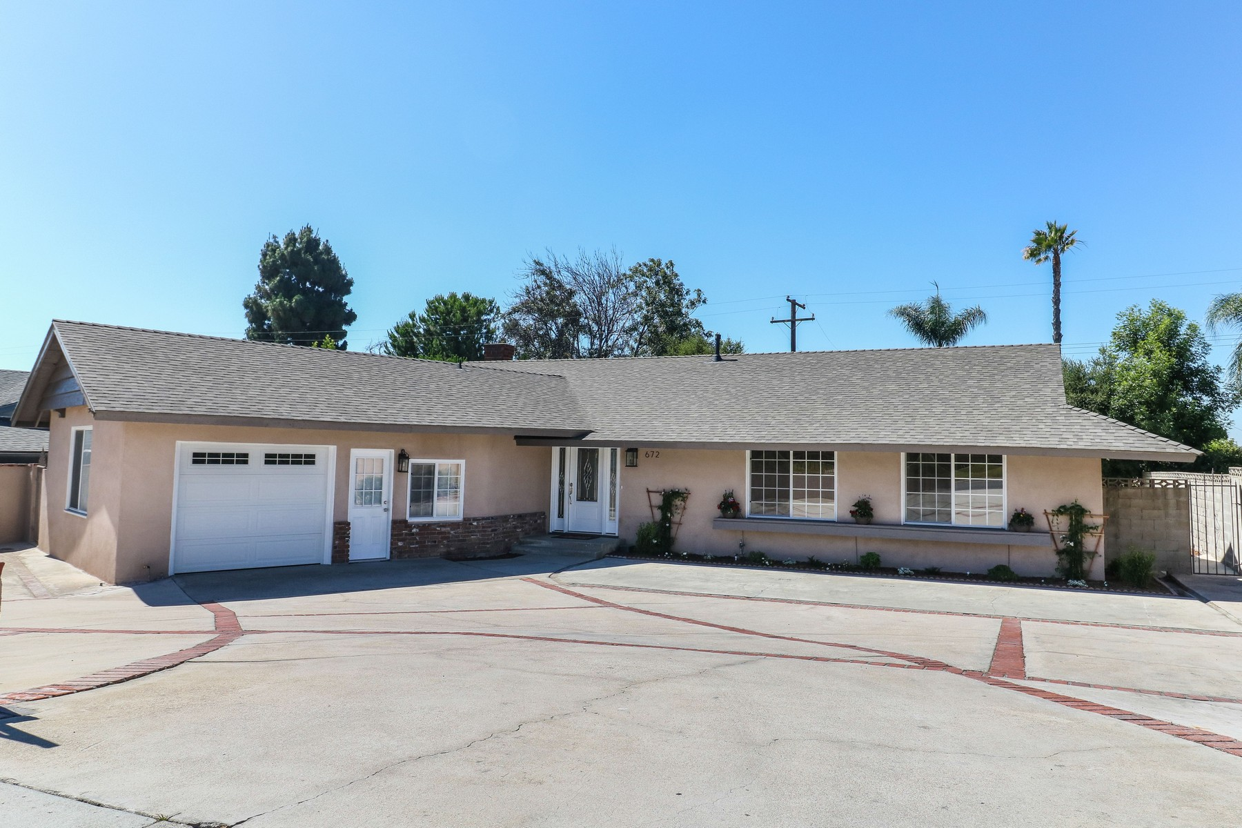 Single Family Homes for Sale at 672 W. 16th Street, Upland, CA 91784 672 W. 16th Street Upland, California 91784 United States