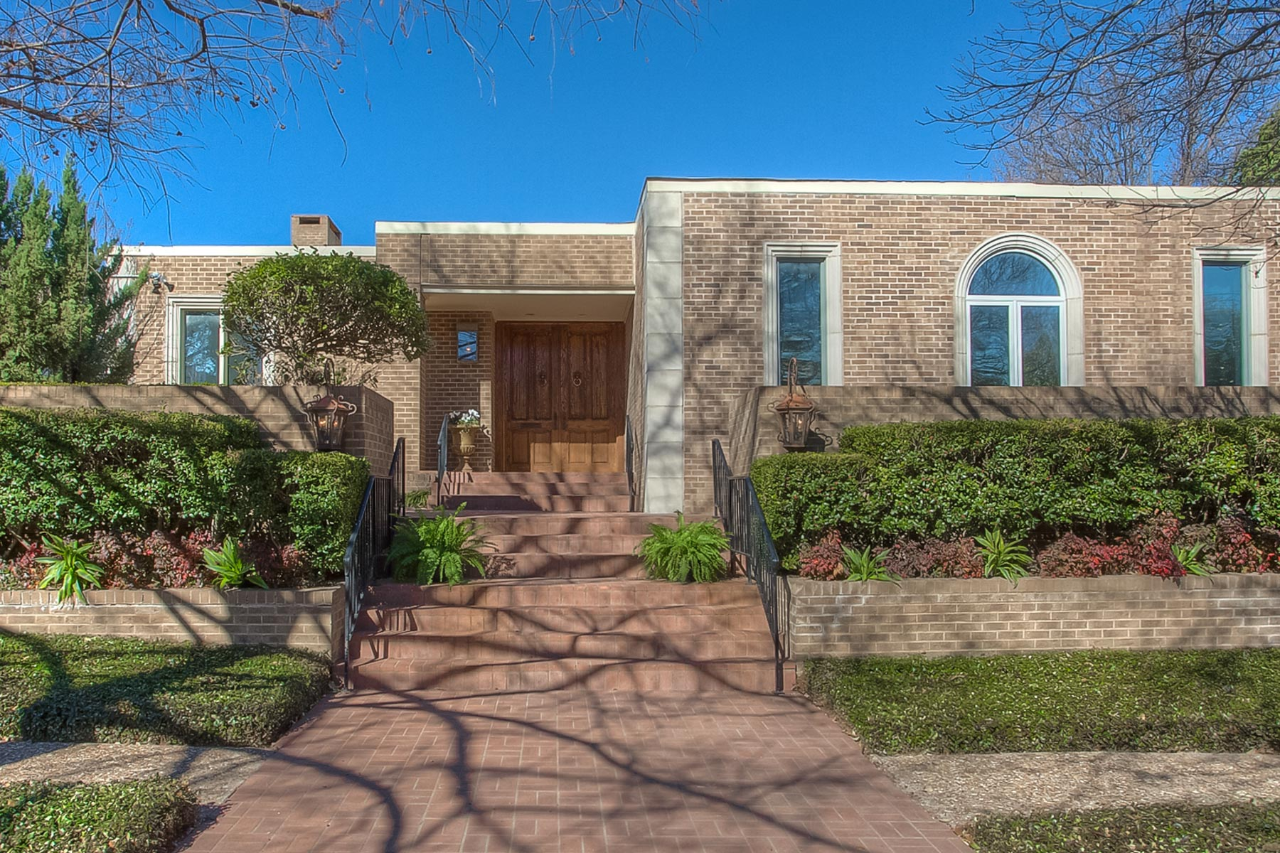 Vivienda unifamiliar por un Venta en 5024 Bryce Ave Fort Worth, Texas, 76107 Estados Unidos