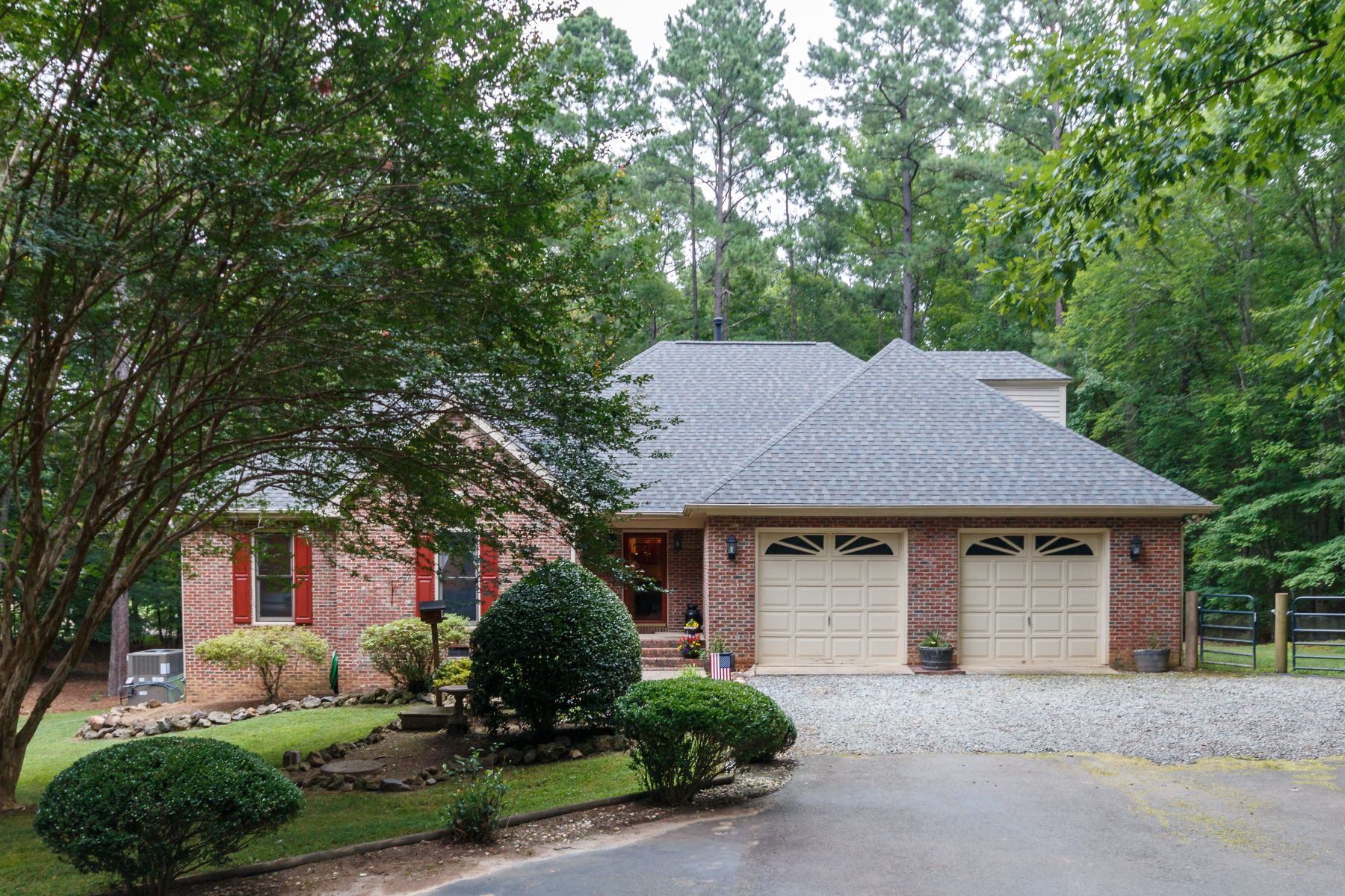 Single Family Home for Sale at Country Retreat 7936 Bud Morris Road Wake Forest, North Carolina, 27587 United States