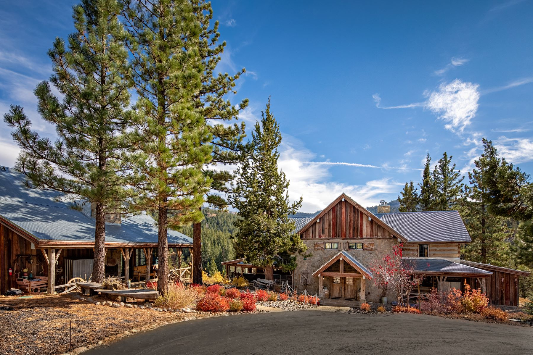 Property for Active at 19214 La Mirada Rd., Truckee, CA 96161 19214 La Mirada Rd. Truckee, California 96161 United States