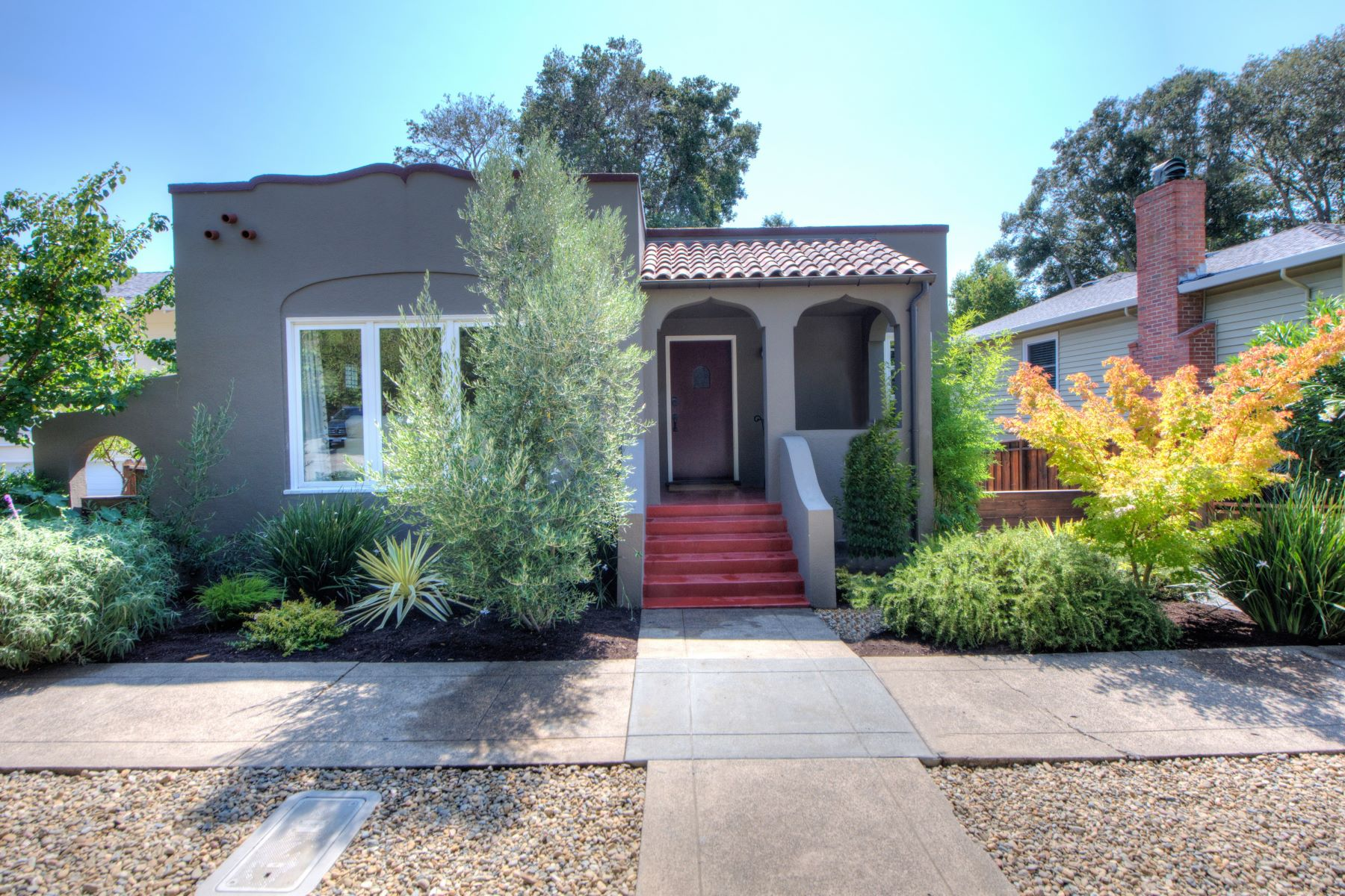 獨棟家庭住宅 為 出售 在 San Anselmo Vintage Charmer 23 Brookside Drive San Anselmo, 加利福尼亞州 94960 美國
