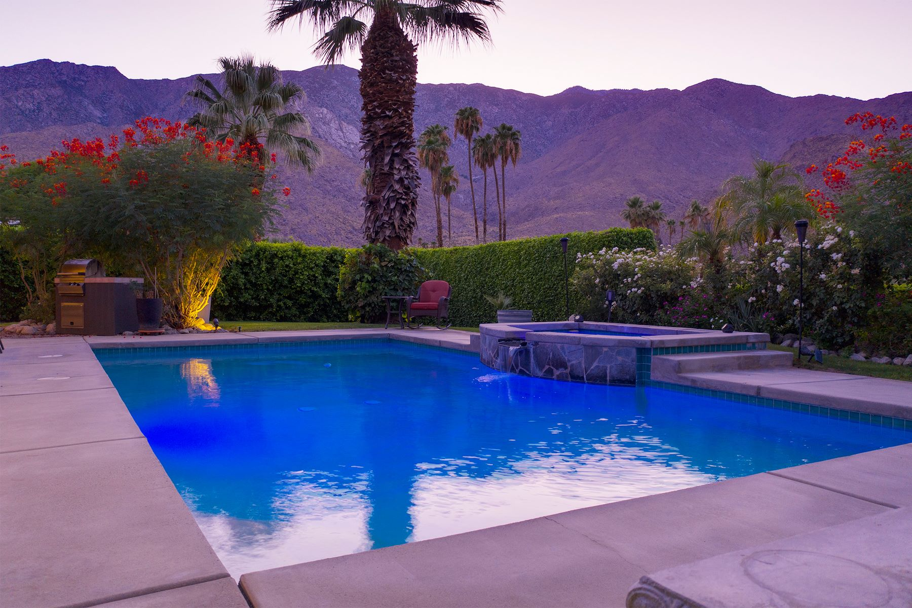 Single Family Homes for Sale at 450 E Bogert Trail Palm Springs, California 92264 United States