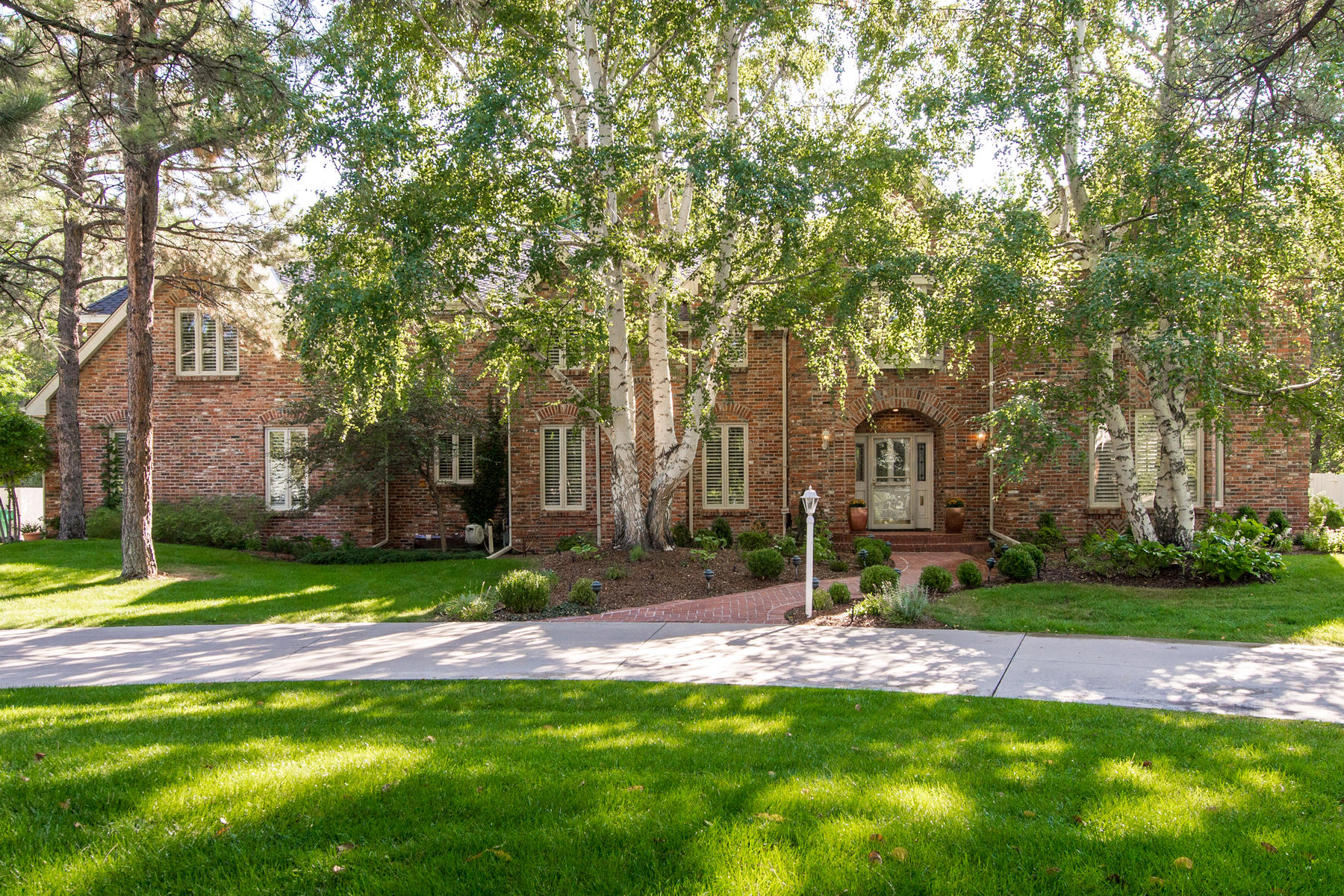 Single Family Home for Active at Beautiful Old Cherry Hills Estate 4810 S. Lafayette Ln Cherry Hills Village, Colorado 80113 United States