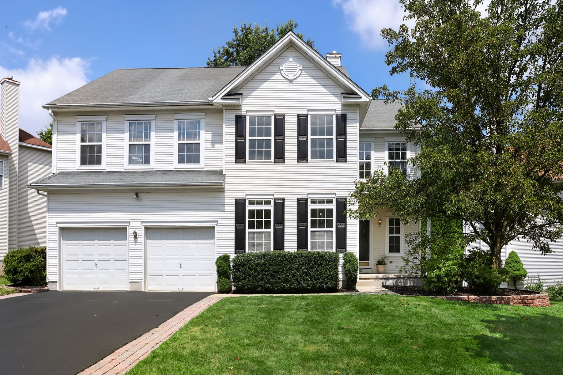 Single Family Homes for Sale at Pristine Yorkshire Woods Home 48 York Drive, Princeton, New Jersey 08540 United States