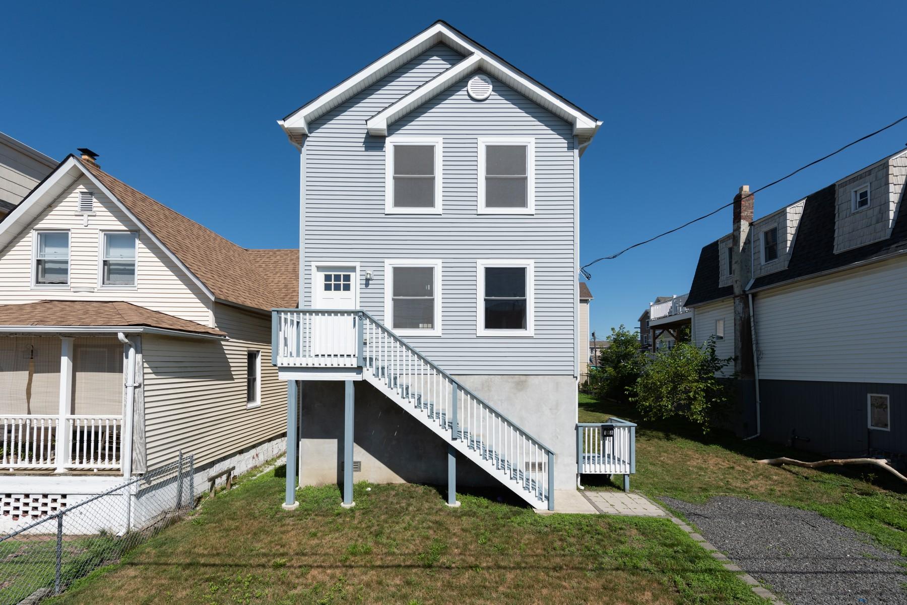 Single Family Homes voor Verkoop op 18 Valley Street, Highlands, New Jersey 07732 Verenigde Staten