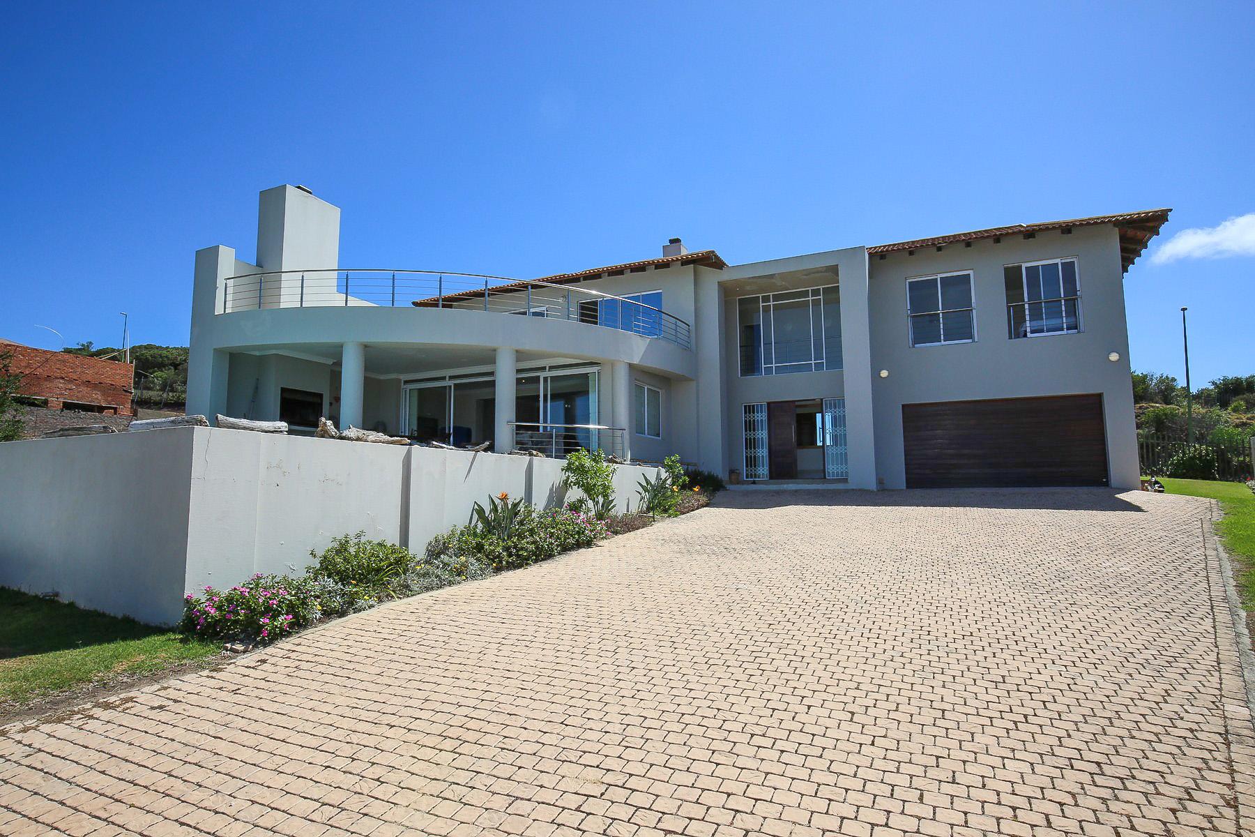 Granjas / Hacienda / Platanción por un Venta en Great Home With a Great View Plettenberg Bay, Provincia Occidental Del Cabo 6600 Sudáfrica
