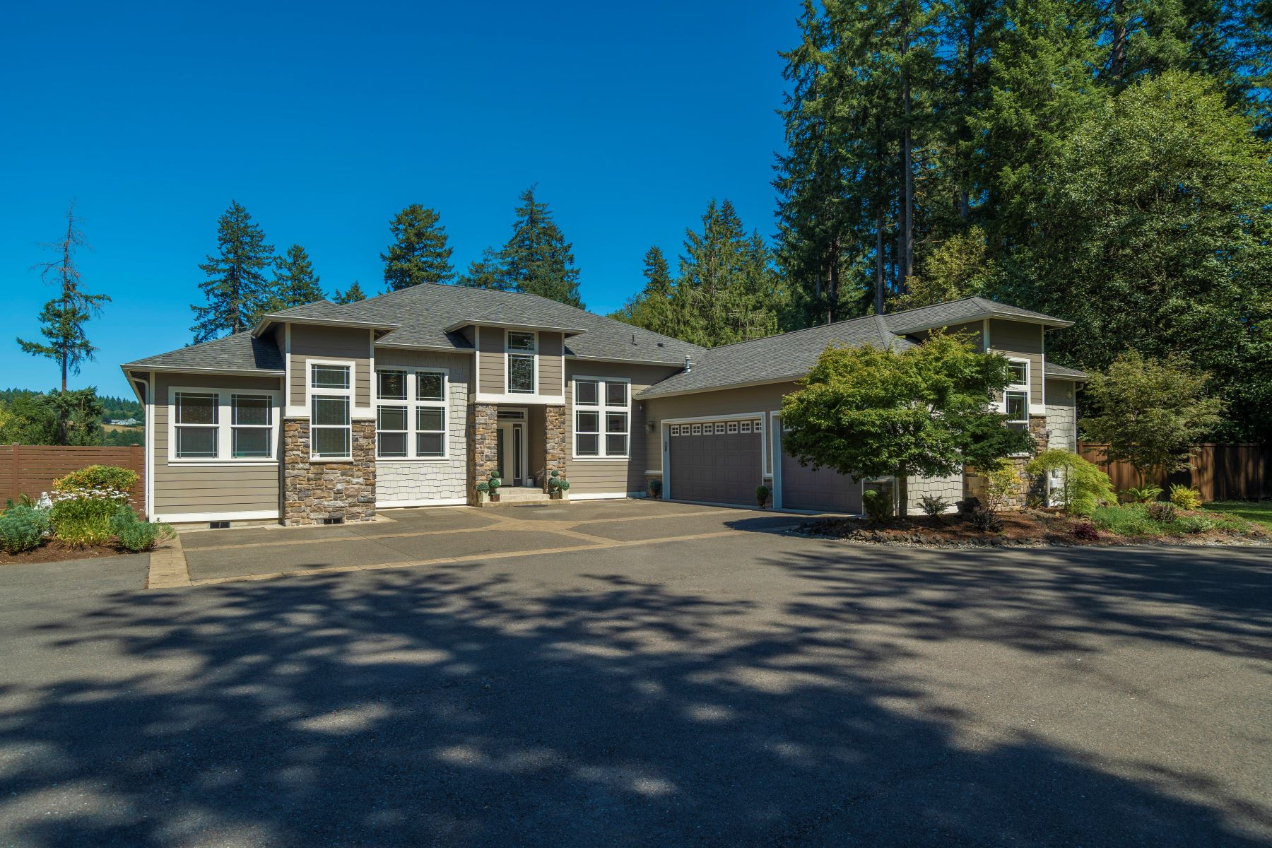 Single Family Homes for Sale at Madrona Beach Lifestyler 1026 Madrona Beach Rd NW East Olympia, Washington 98502 United States