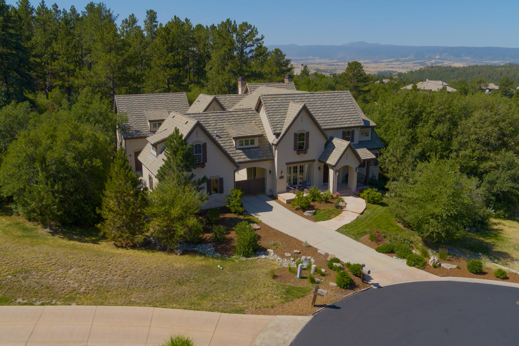 Single Family Home for Active at 1041 Meteor Pl 1041 Meteor Pl Castle Rock, Colorado 80108 United States