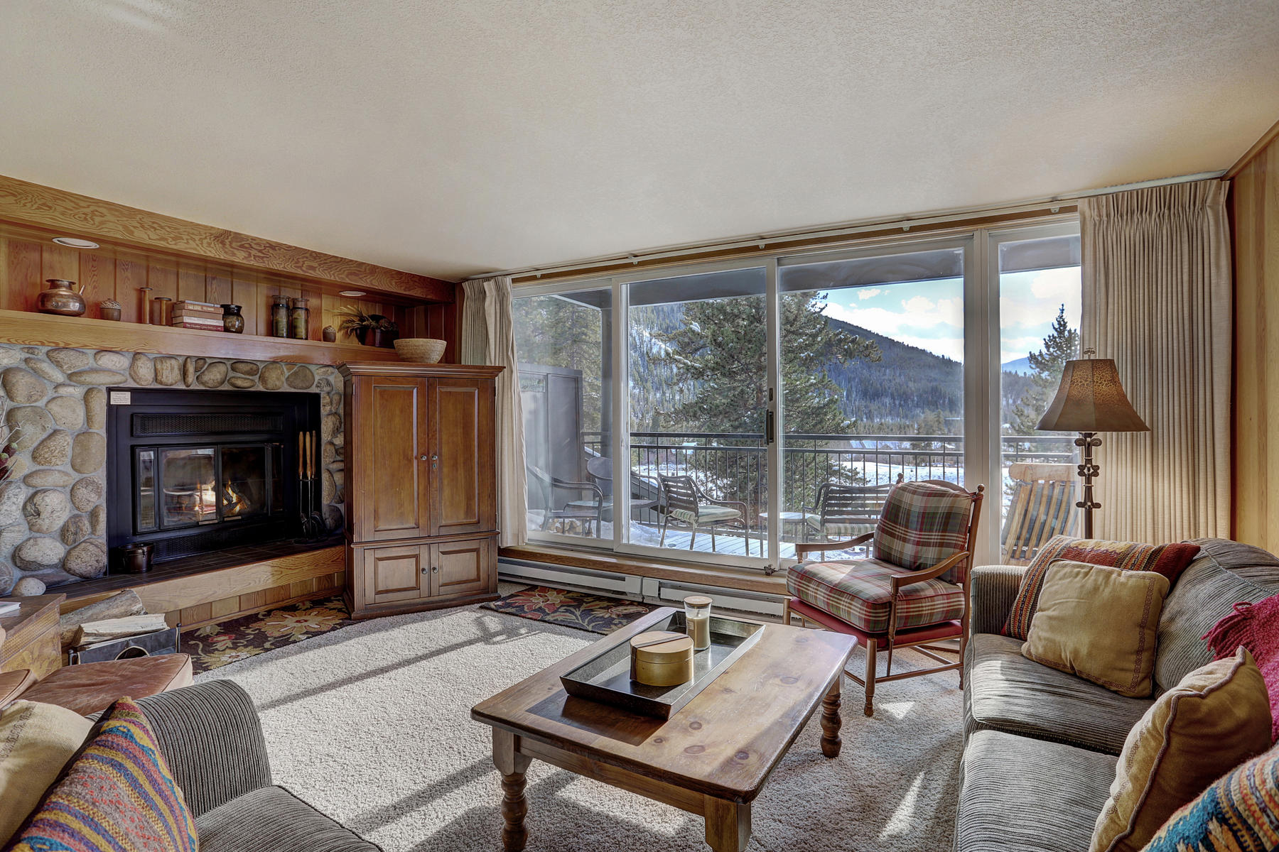 Condominium for Active at The Pines #2173 21610 US HWY 6 Unit 2173 Keystone, Colorado 80435 United States