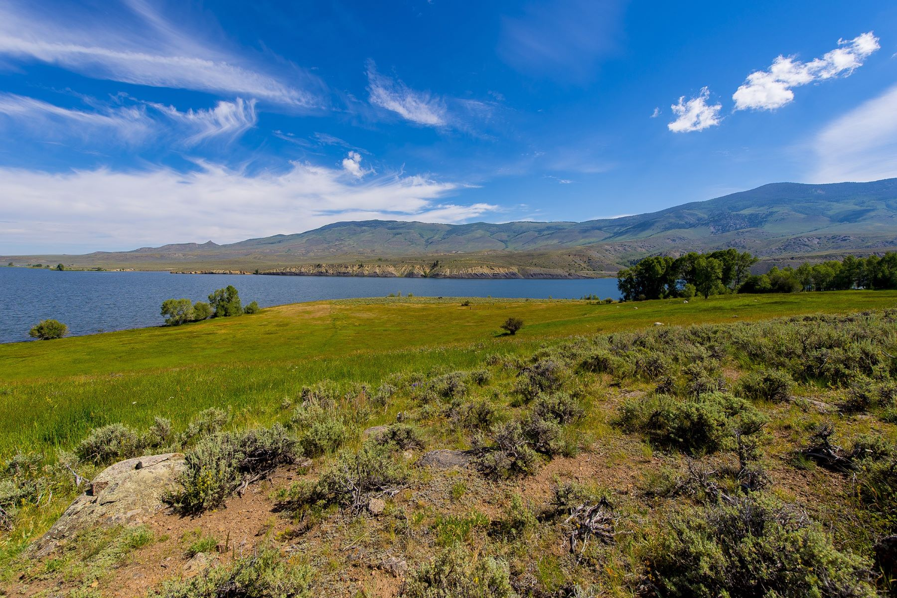 Additional photo for property listing at Knorr Lakeside Ranch TBD County Road 30 银座, 科罗拉多州 80498 美国