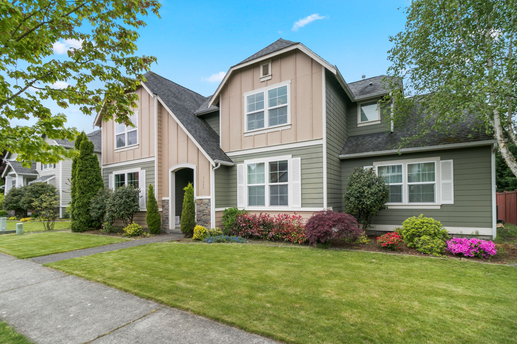 Single Family Homes for Sale at Duffenais 5224 151st Ave Court East Sumner, Washington 98390 United States