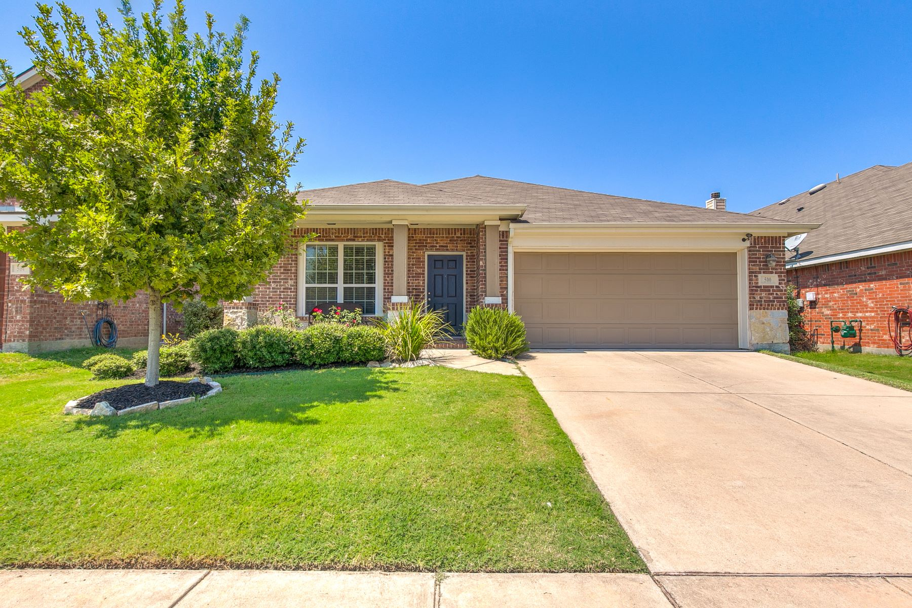 Single Family Homes for Active at 1 story in Paloma Creek! 500 Turnstone Drive Little Elm, Texas 75068 United States