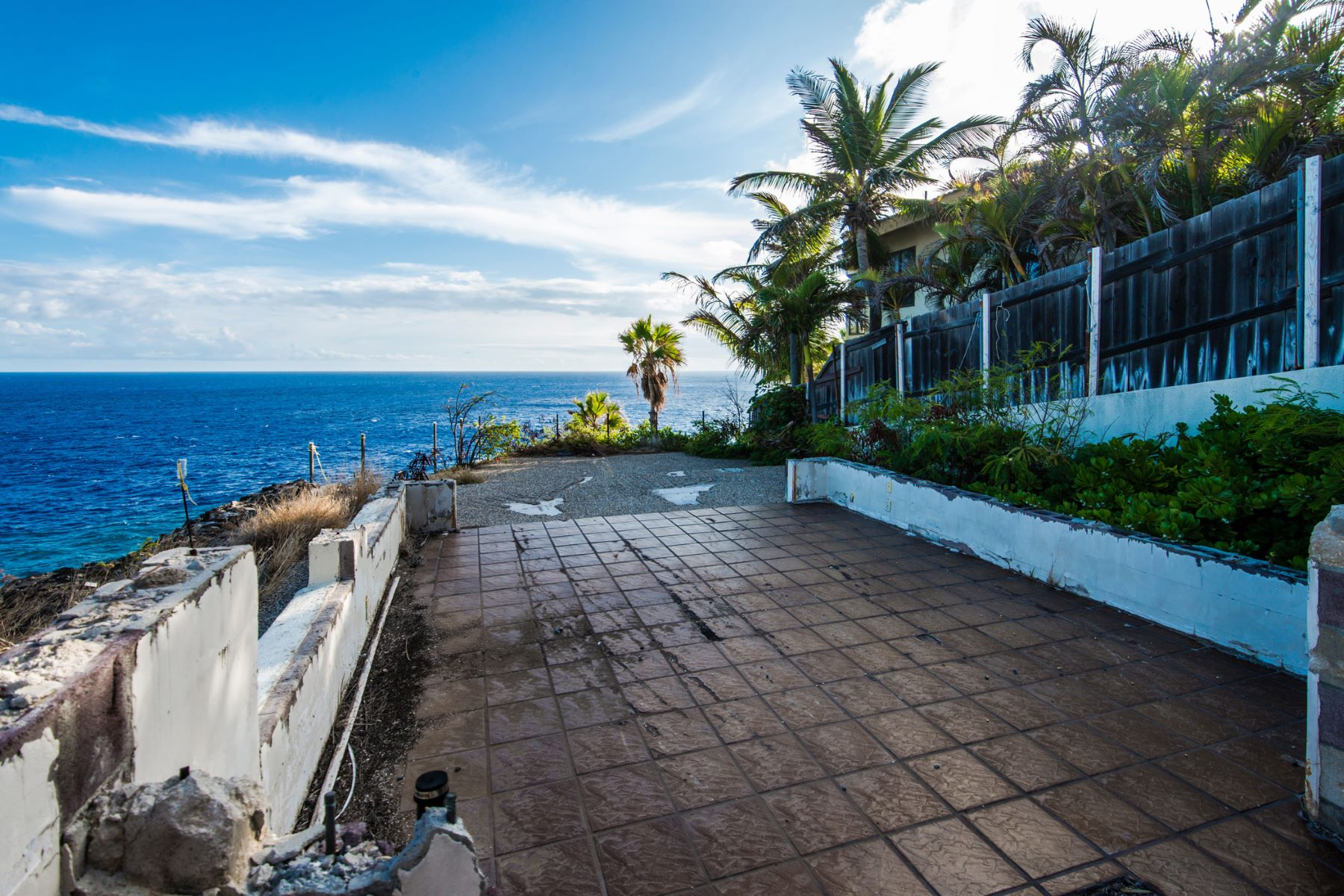 Additional photo for property listing at Oceanic Charm 1 Lumahai Street Honolulu, Hawaii 96825 États-Unis