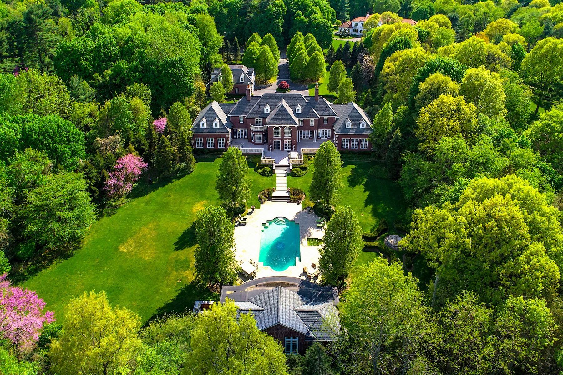 Single Family Homes for Sale at Upper Brookville 1 Bel Air Ct Upper Brookville, New York 11771 United States