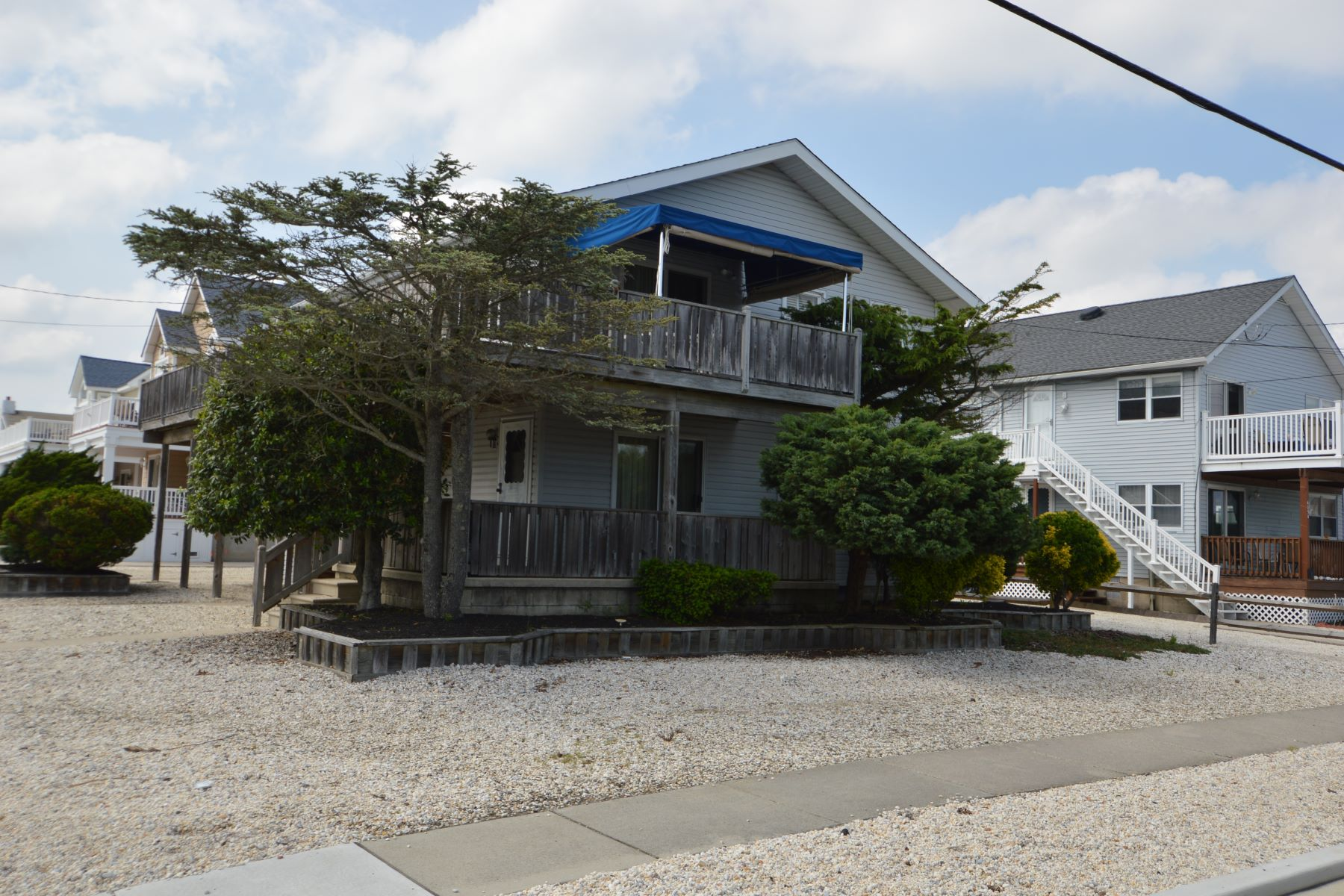 Duplex for Rent at 301 41st Street Second Floor, Avalon, New Jersey 08202 United States