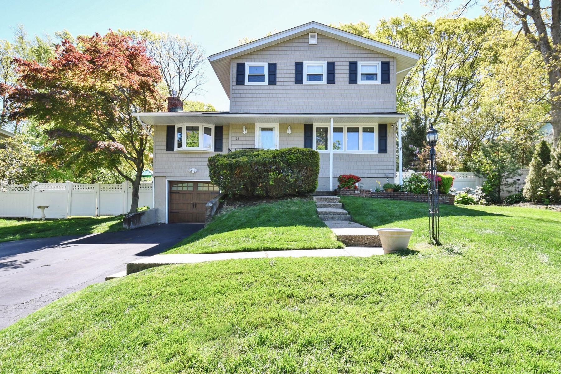 Single Family Homes for Sale at Kings Park 23 Ravenwood Dr Kings Park, New York 11754 United States