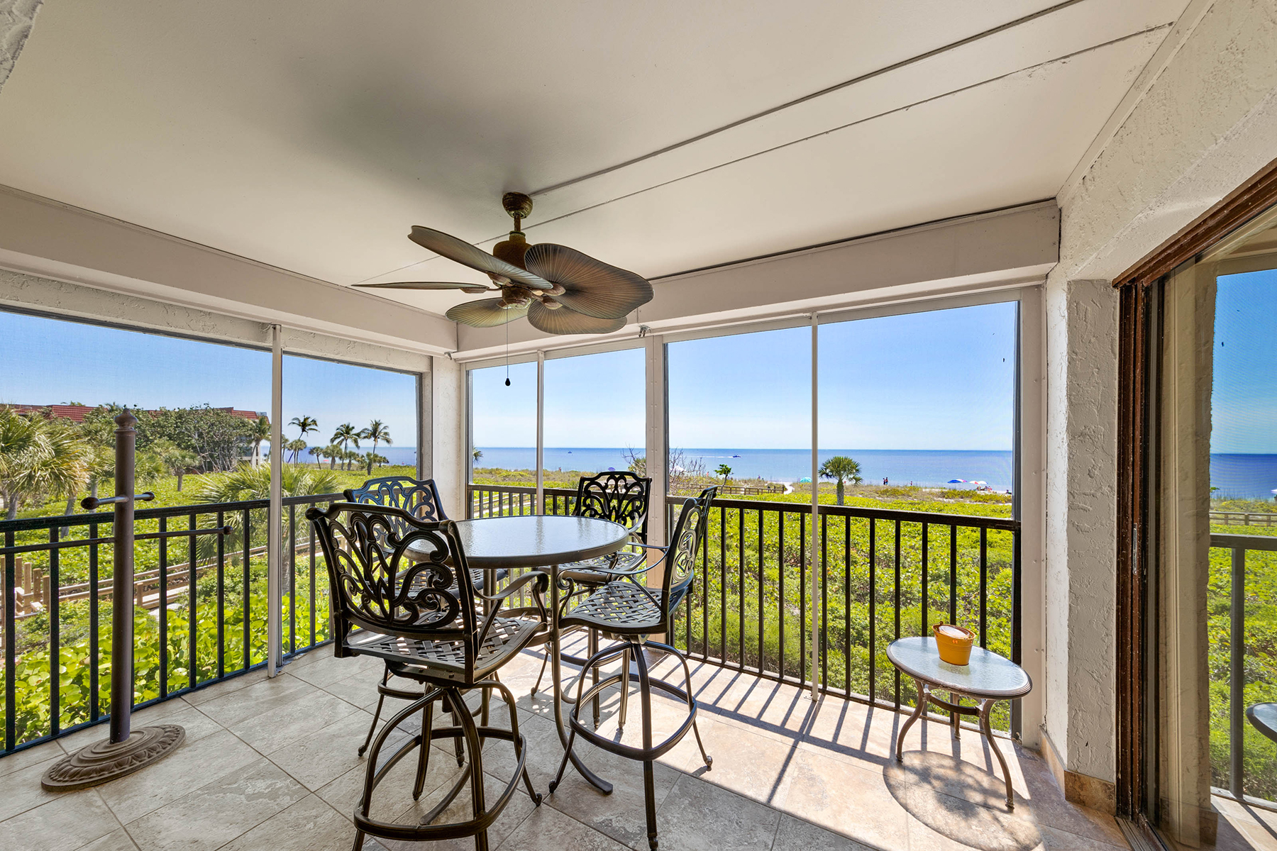 condominiums for Active at SANIBEL 2475 W Gulf Dr , 304 Sanibel, Florida 33957 United States