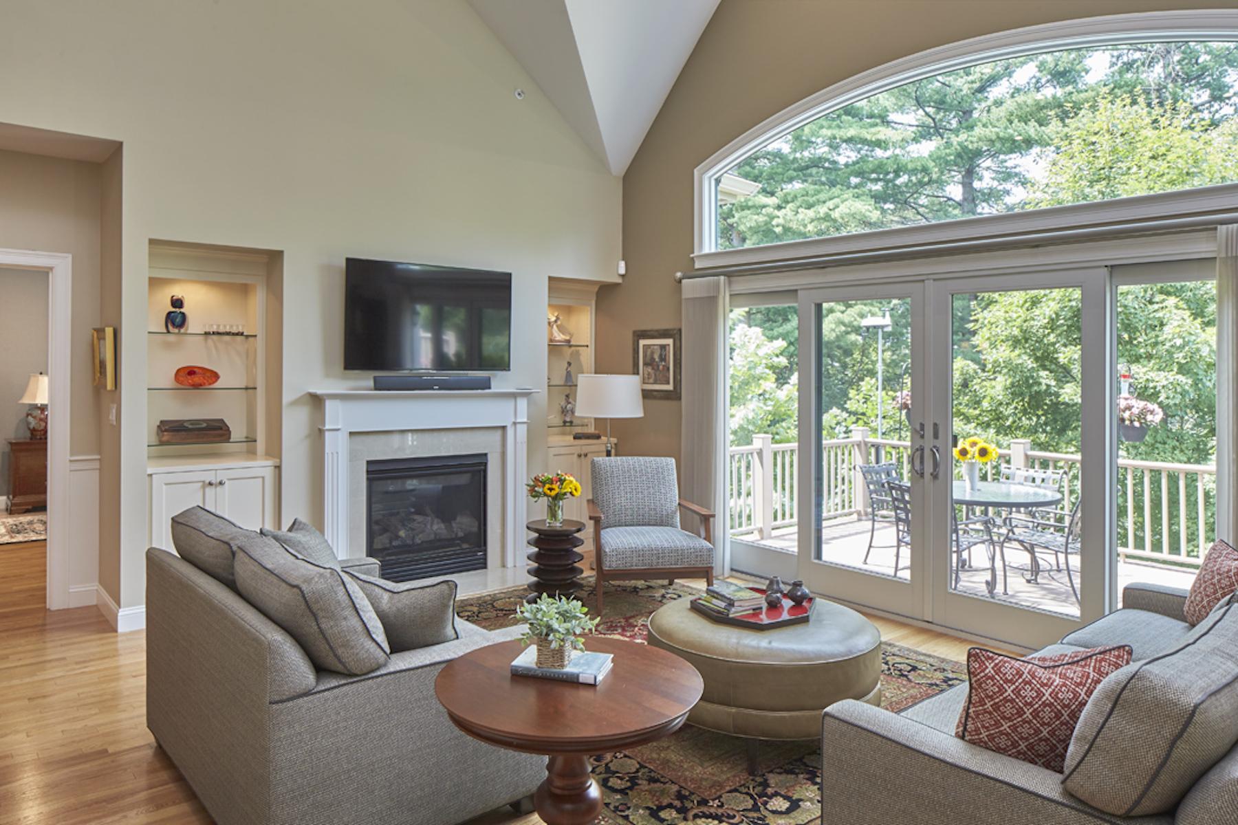 Condominiums 为 销售 在 33 South Cottage Road, Unit 91 33 South Cottage Road Unit 91, 贝尔蒙, 马萨诸塞州 02478 美国