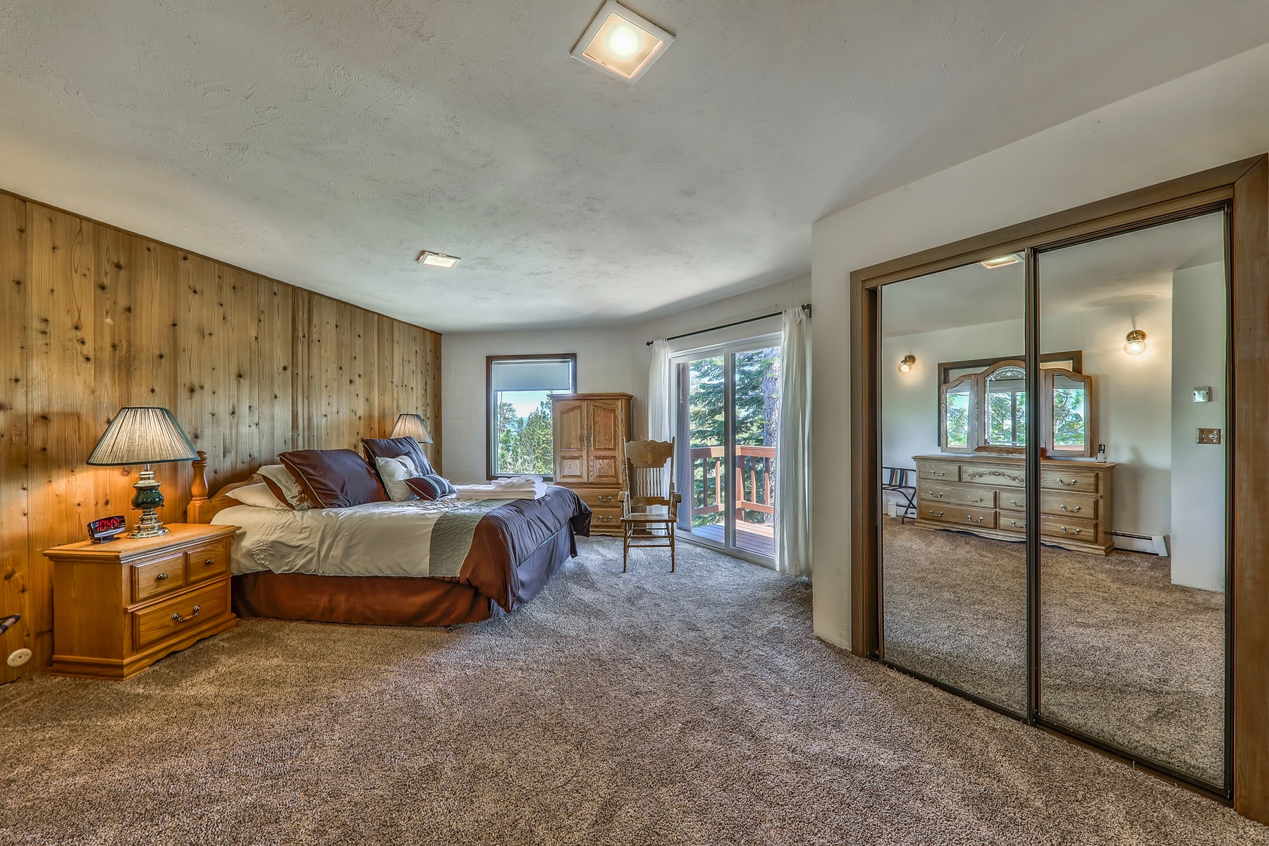 Additional photo for property listing at 1720 Keller Road, South Lake Tahoe, CA 96150 1720 Keller Road South Lake Tahoe, California 96150 United States