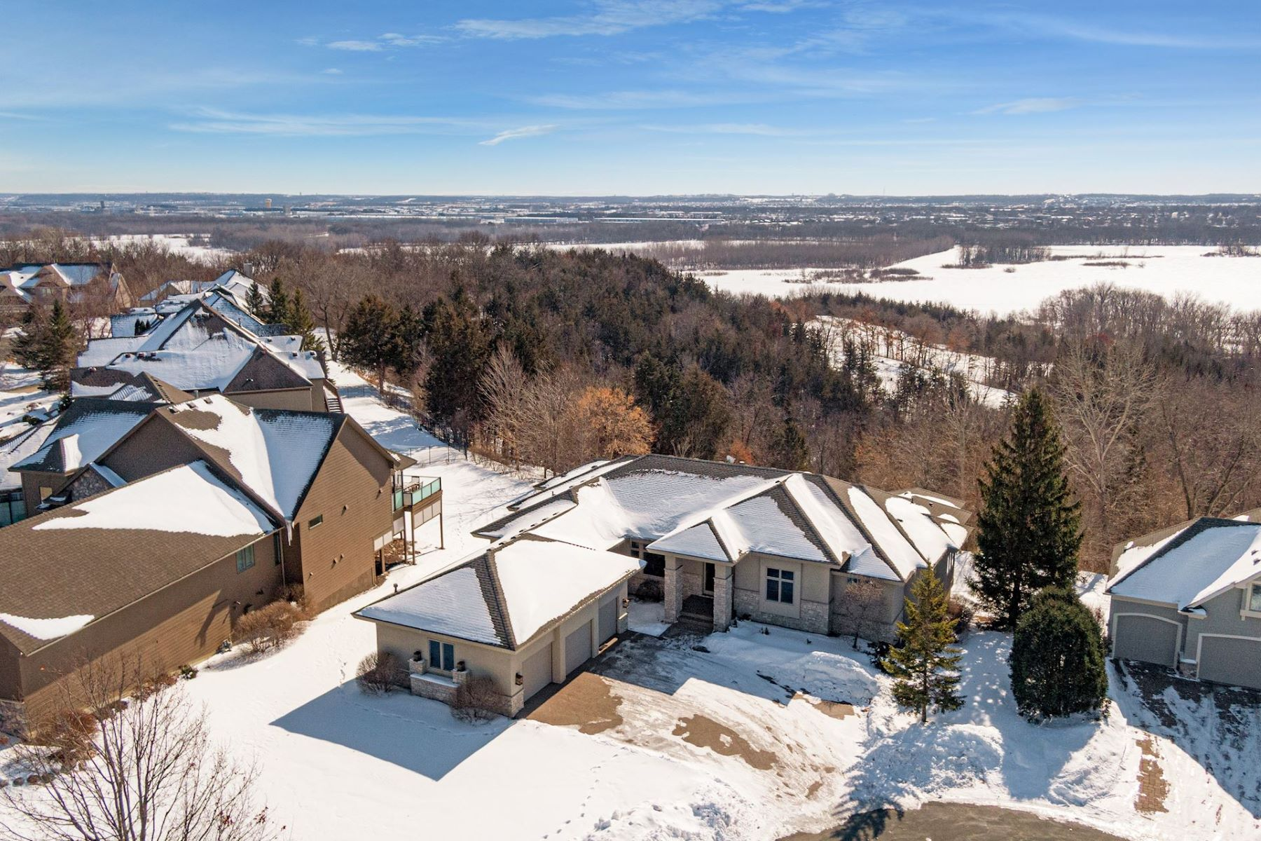Single Family Homes for Sale at Stunning 3BR Custom Built Rambler Overlooking the Breathtaking MN River Valley 18755 Vogel Farm Trail Eden Prairie, Minnesota 55347 United States