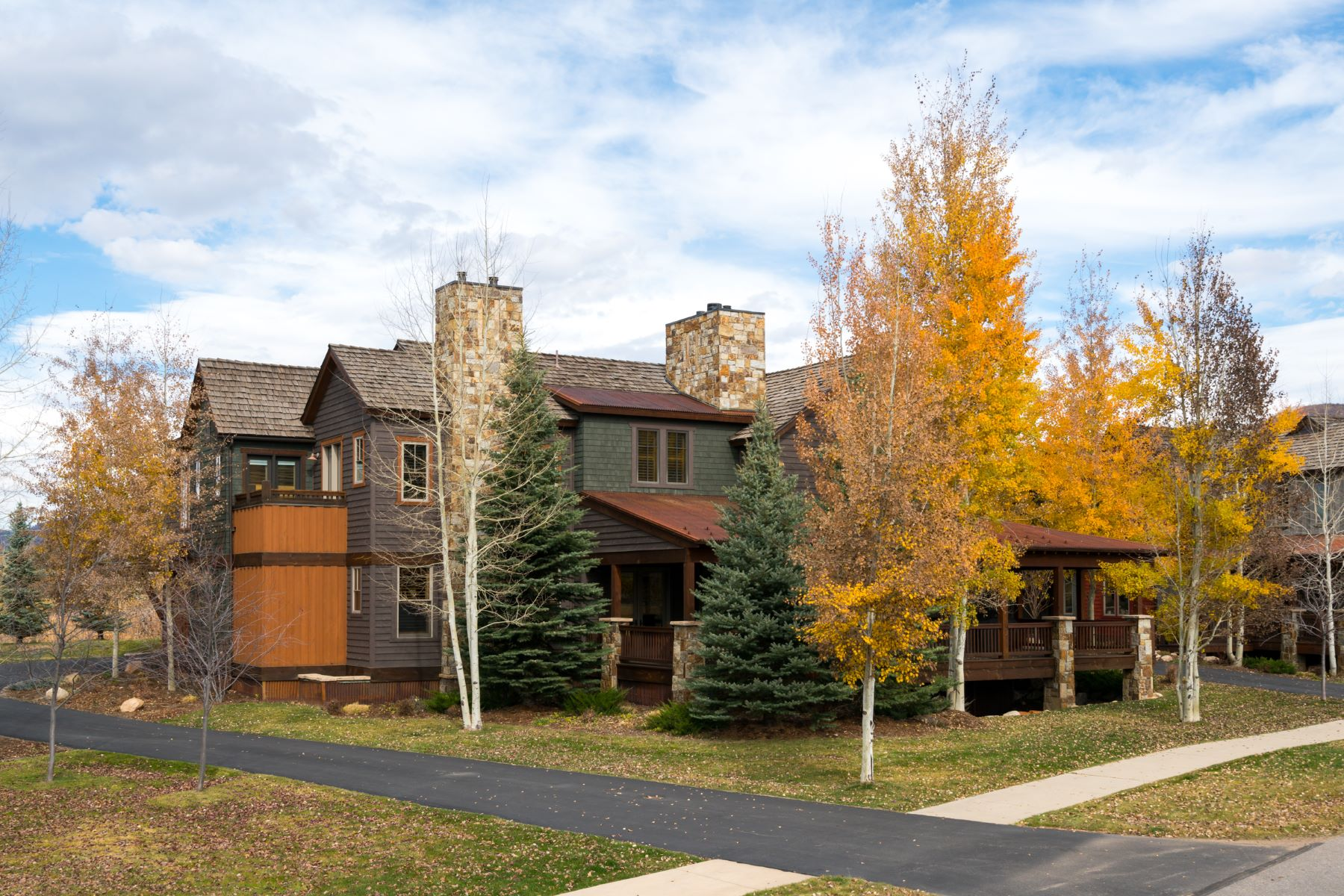 Additional photo for property listing at Porches Luxury Home 2069 Indian Summer Drive Steamboat Springs, Colorado 80487 United States