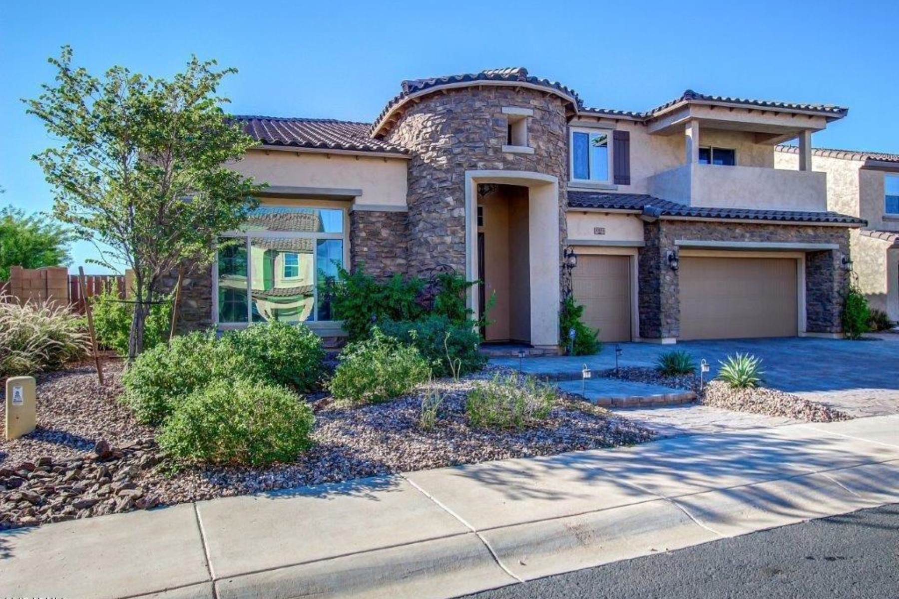 sales property at Beautiful home in the highly desirable community of Vistancia