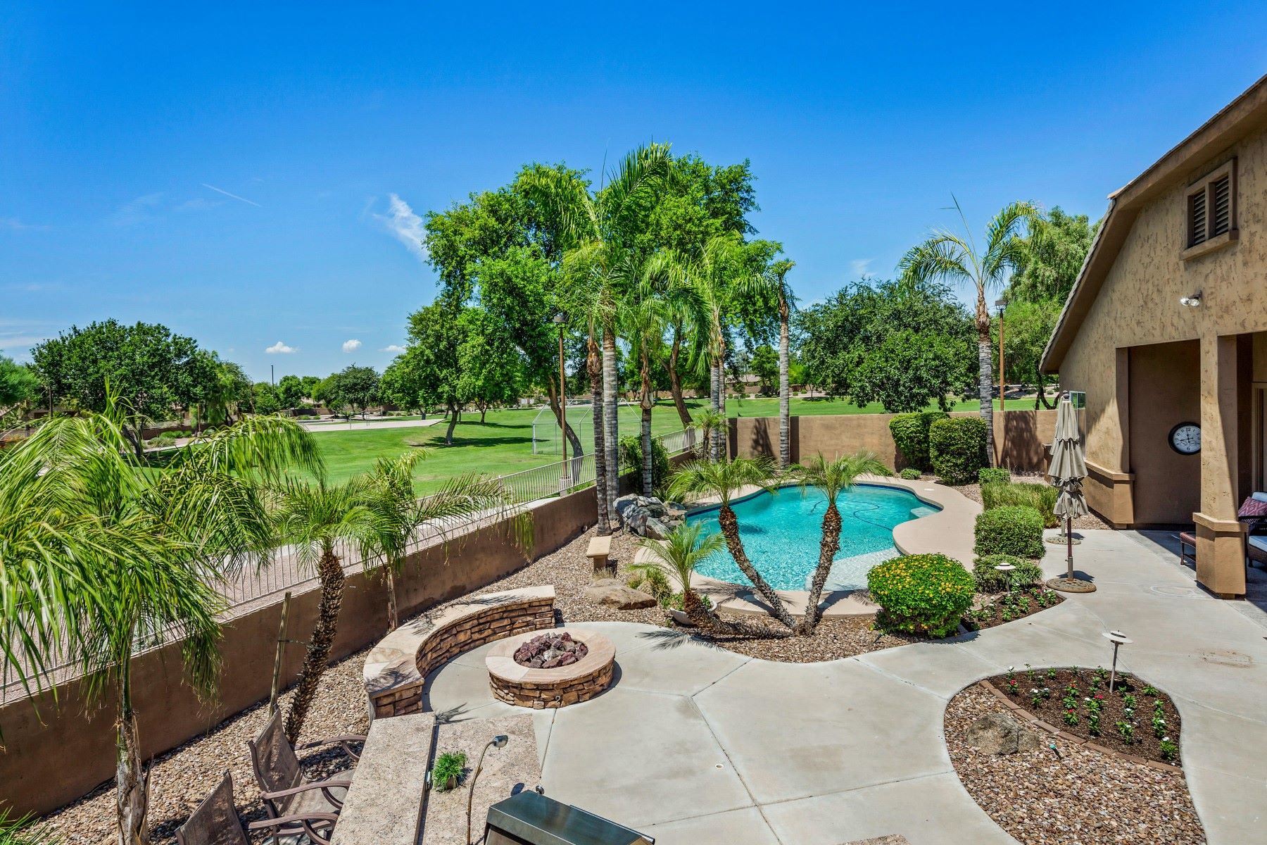 Single Family Homes for Sale at Jake's Ranch 615 E HAMPTON CT Gilbert, Arizona 85295 United States