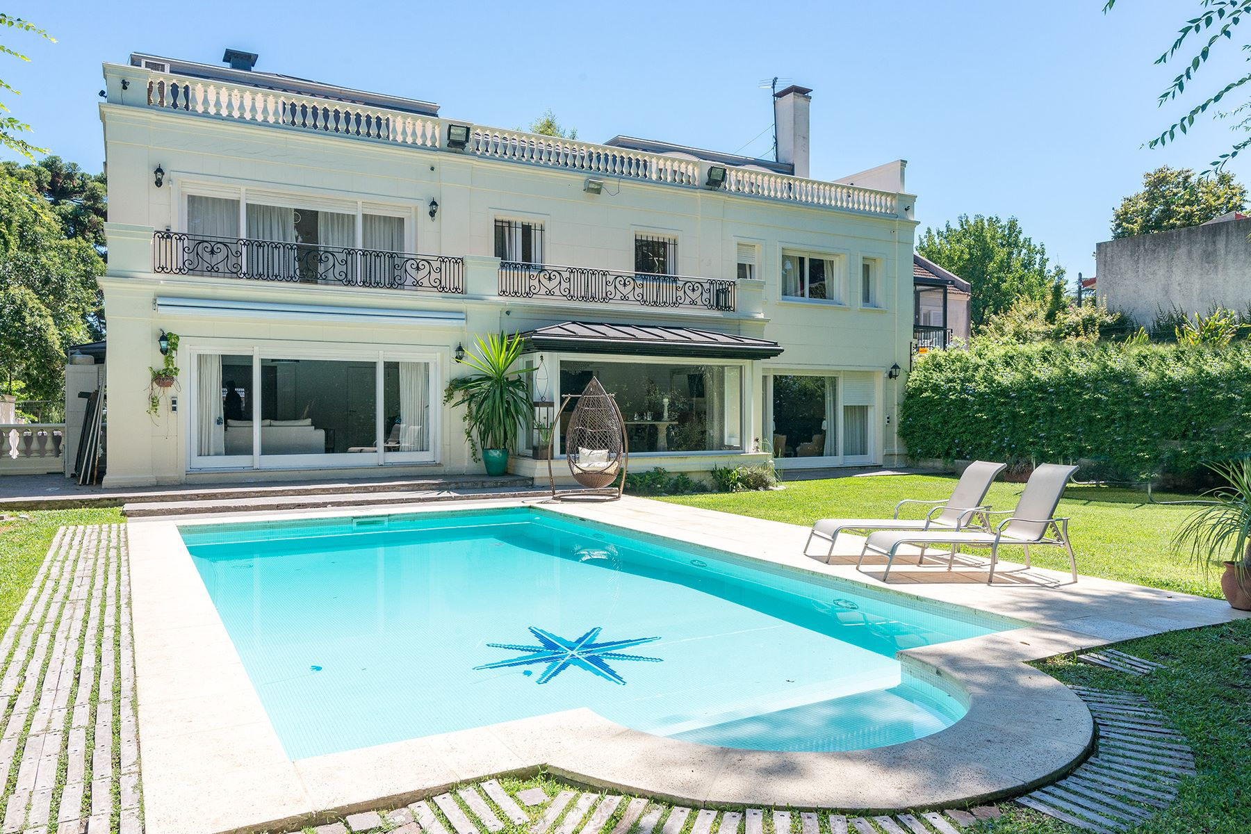 Single Family Homes for Sale at Sophisticated French Residence José Evaristo Uriburu 665 San Isidro, Buenos Aires 1640 Argentina