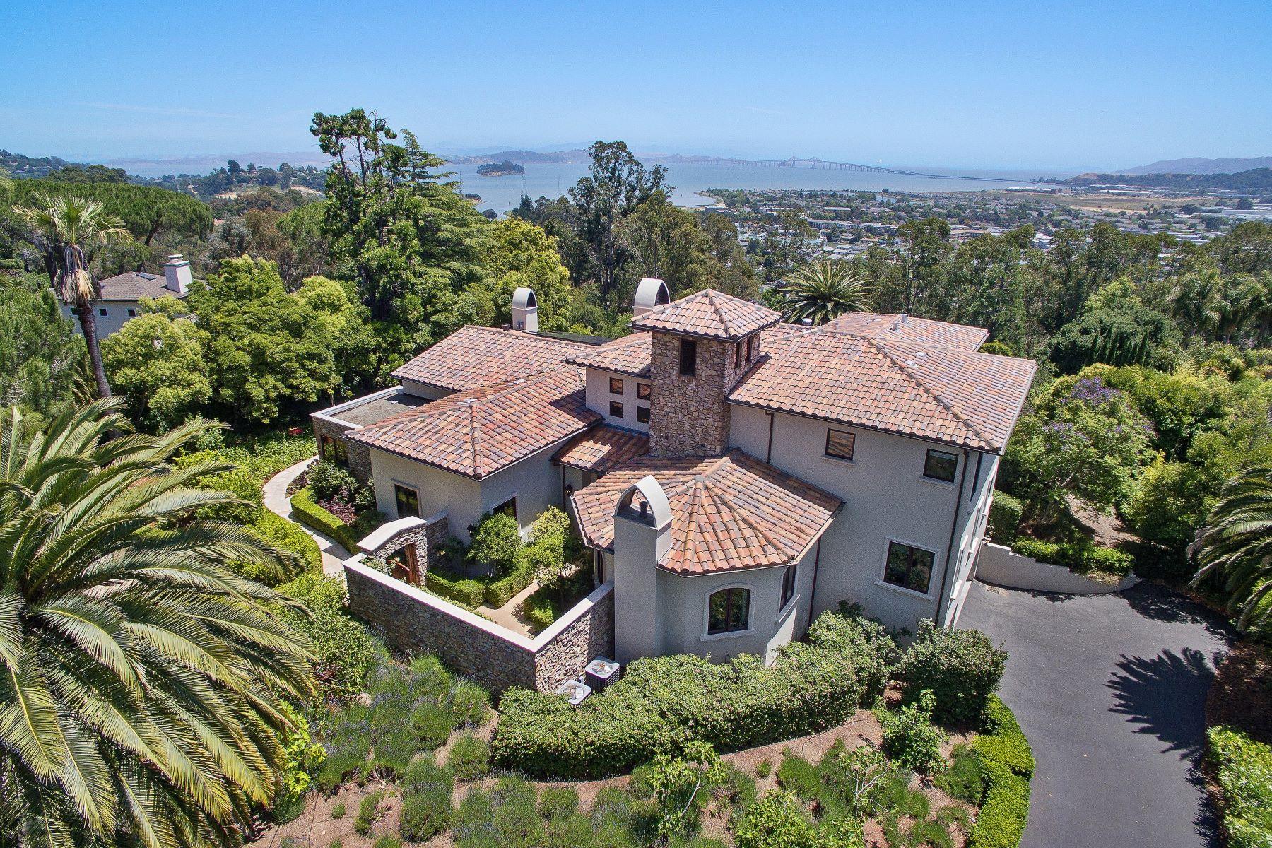 Maison unifamiliale pour l Vente à Unique in Marin! 40 West Seaview San Rafael, Californie 94901 États-Unis
