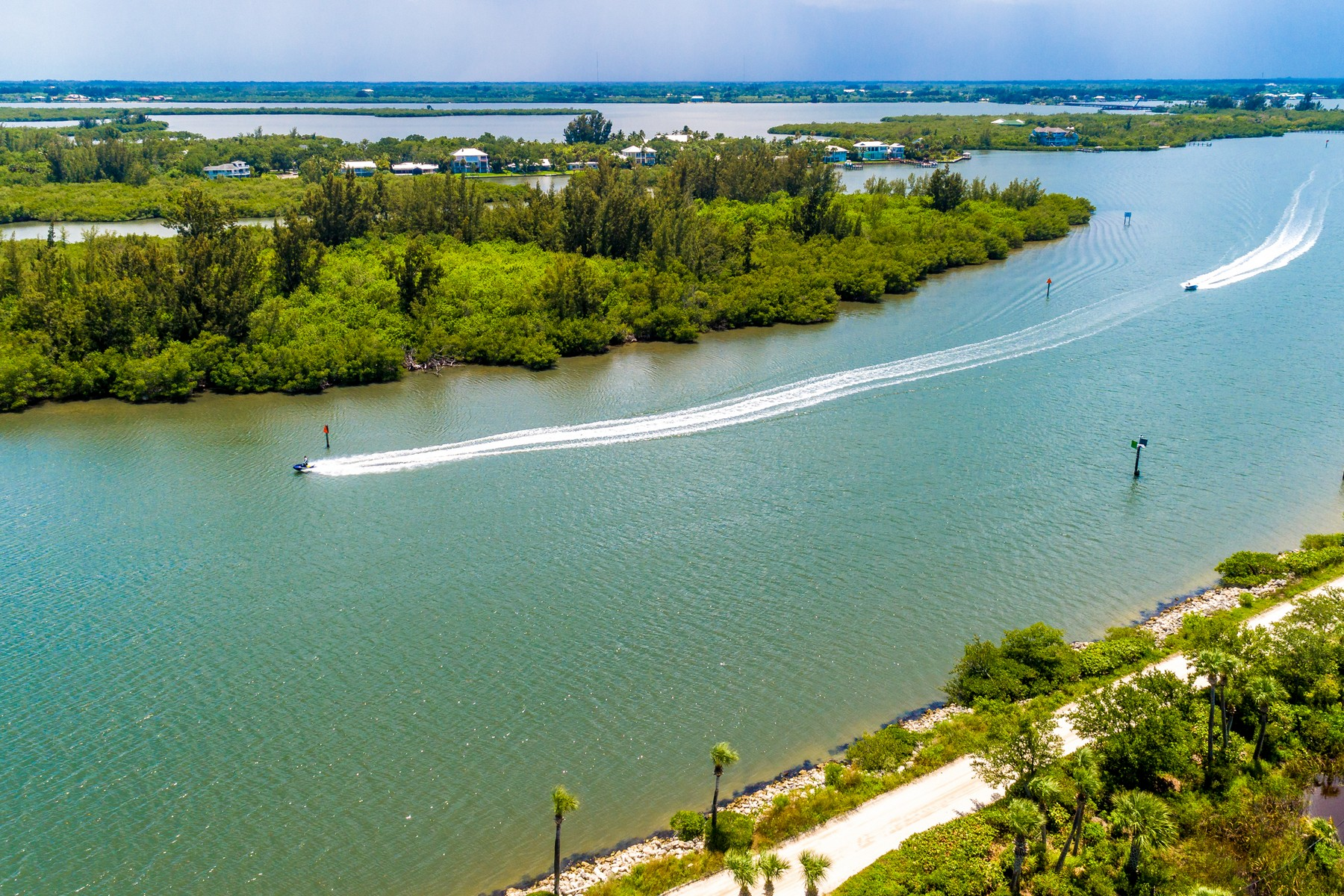 Additional photo for property listing at Spectacular  Direct Riverfront Condo Sites 0 Somerset Bay Lane Vero Beach, Florida 32963 United States
