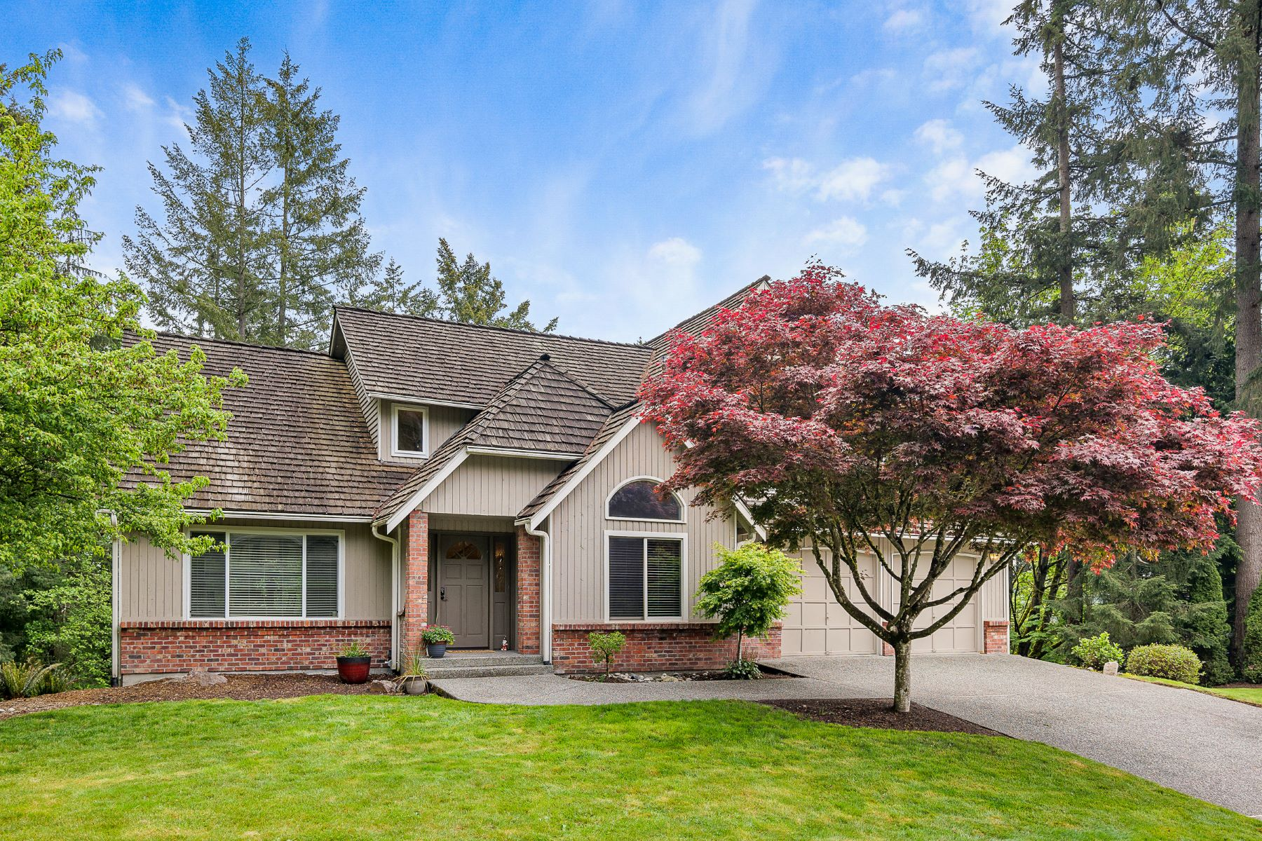 Single Family Homes for Sale at English Hill Estate 13404 184th Ave NE, Woodinville, Washington 98072 United States