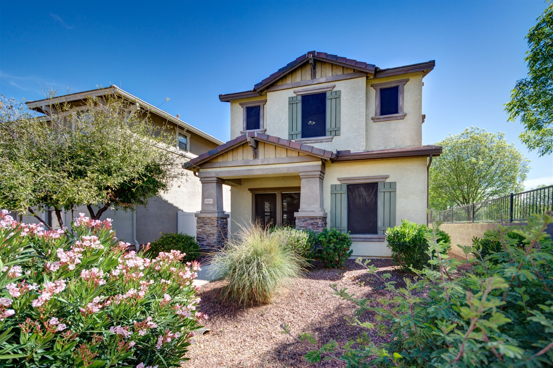 Single Family Home for Sale at Gorgeous Two Story Ray Ranch Home 3903 E Kent Ave, Gilbert, Arizona, 85296 United States