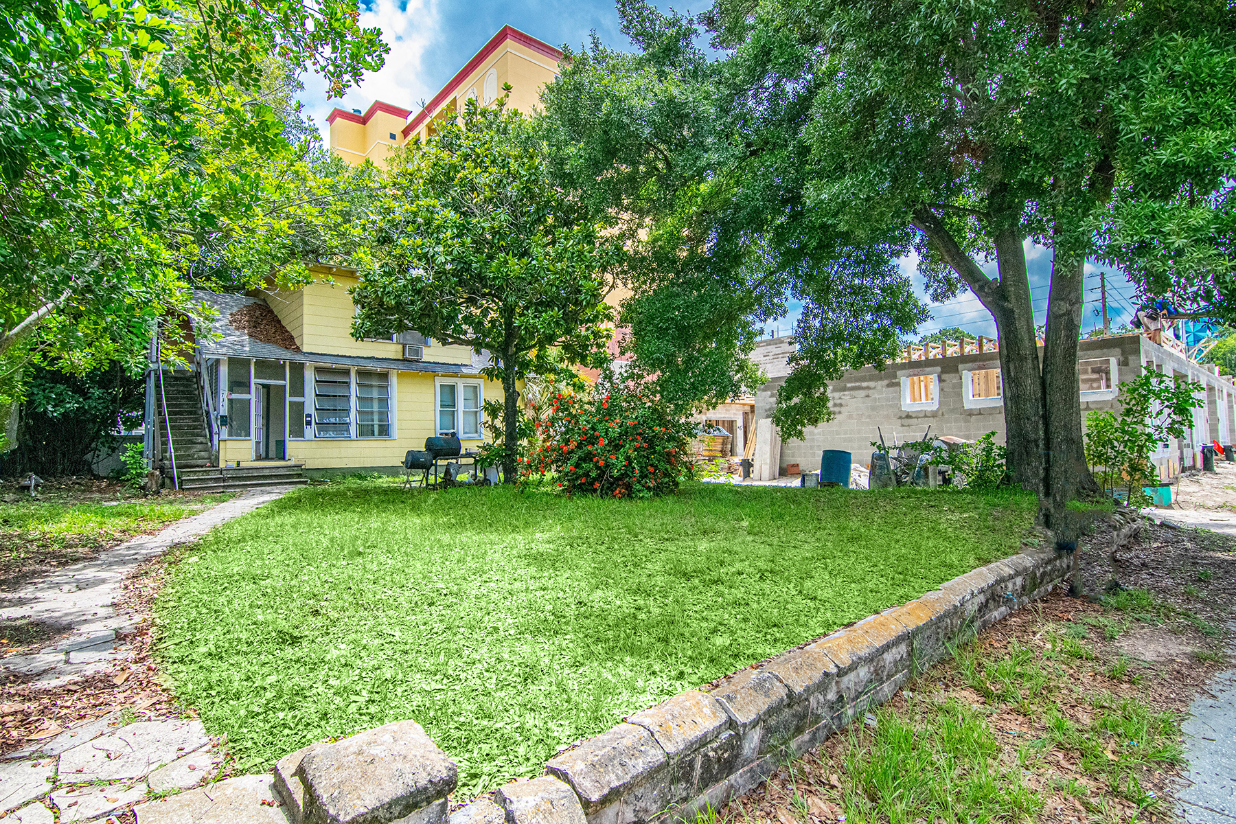 Land for Active at 734 3rd Ave Ave St. Petersburg, Florida 33701 United States