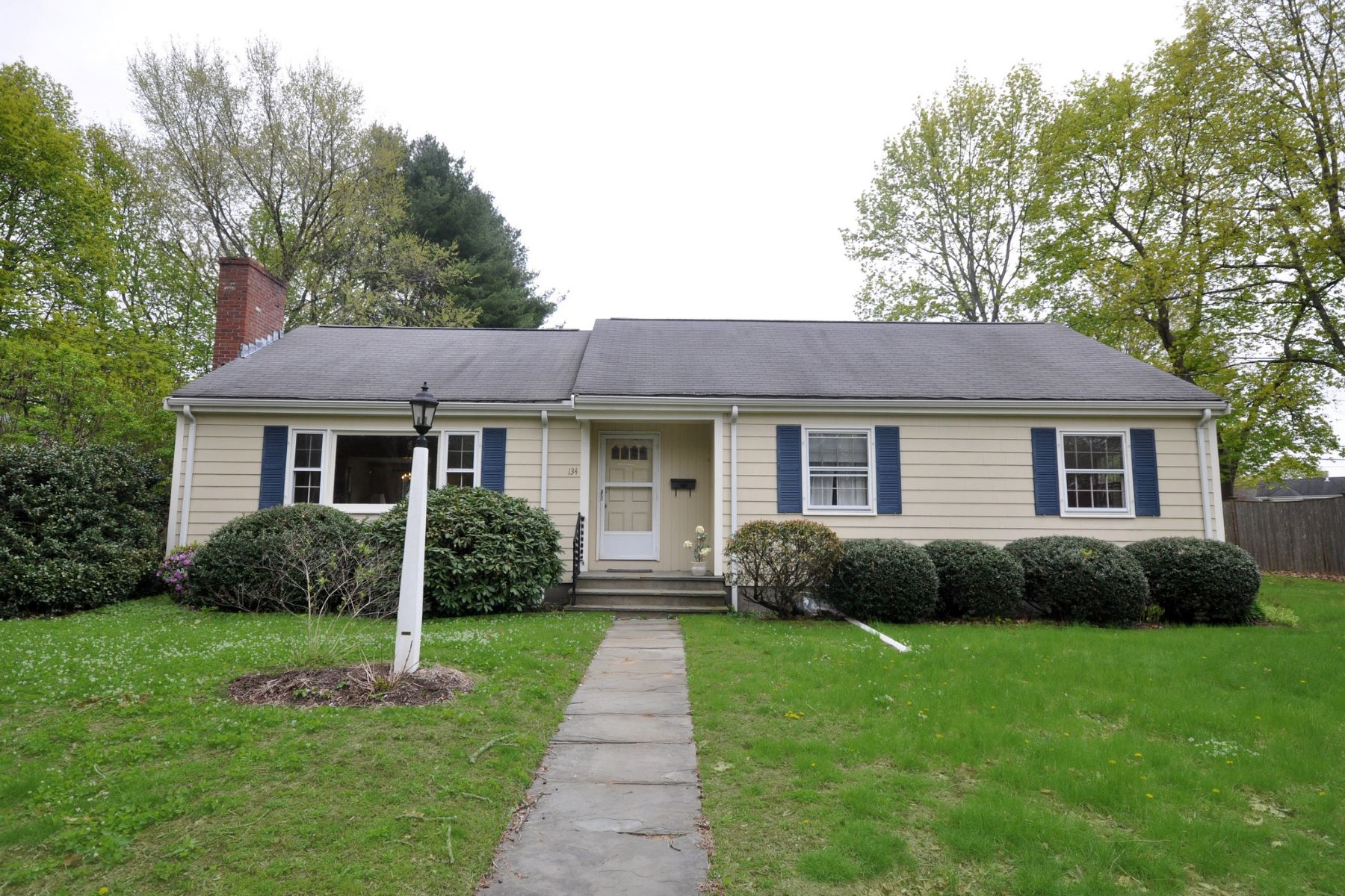 Single Family Home for Active at 134 Taylor Street, Needham 134 Taylor St Needham, Massachusetts 02492 United States