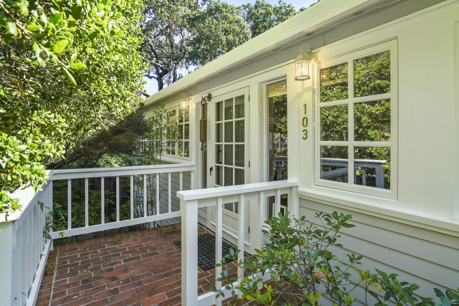 Single Family Homes for Sale at Idyllic Glens Cottage 103 Hillside Drive Woodside, California 94062 United States