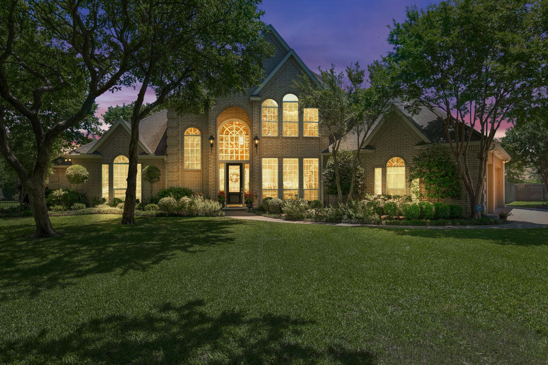 Single Family Homes for Sale at Magnificent Aledo Estate 1729 McDavid Court Aledo, Texas 76008 United States