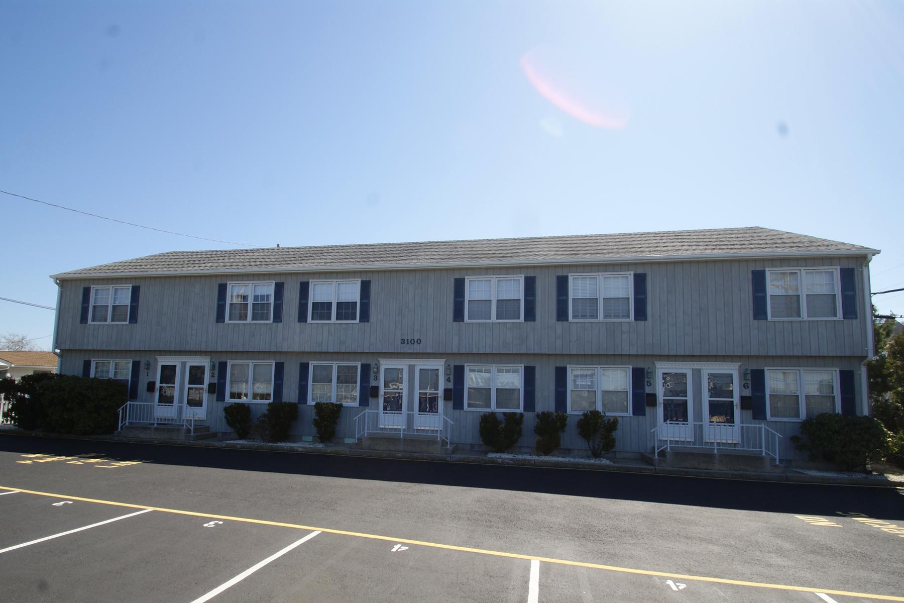 Condominio por un Venta en Great Oceanblock Condo 3100 Route 35 North, Unit #2, Lavallette, Nueva Jersey 08735 Estados Unidos