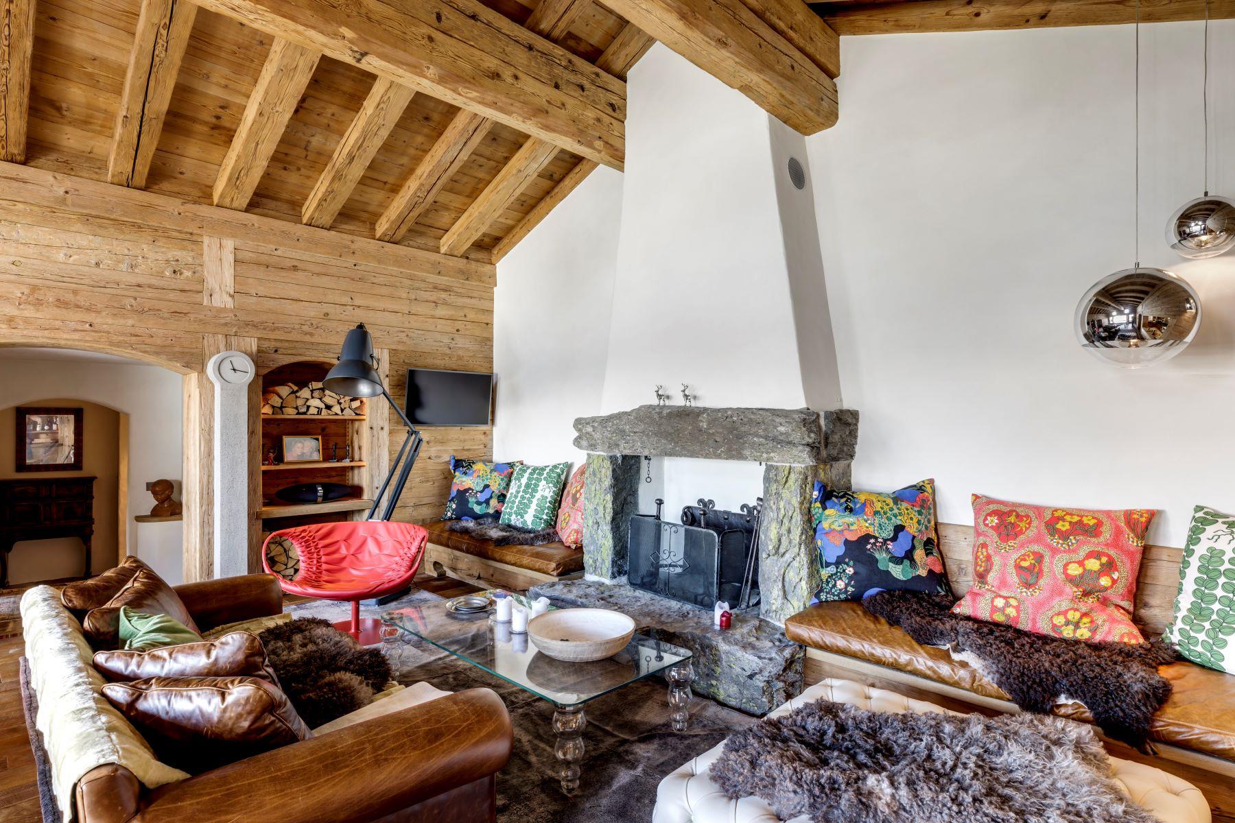 Single Family Homes pour l Vente à Chalets JOLI BOIS & CIEL BLEU Verbier Verbier, Valais 1936 Suisse