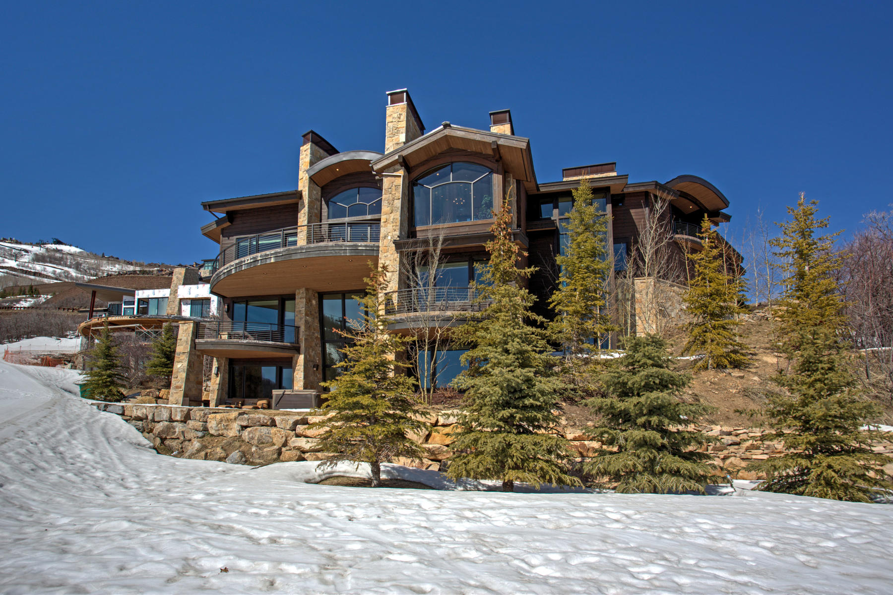 Single Family Home for Sale at Spectacular Turnkey Custom Home with Stunning Views protected by Open Space 2997 Deer Crest Estates Dr Park City, Utah, 84060 United States