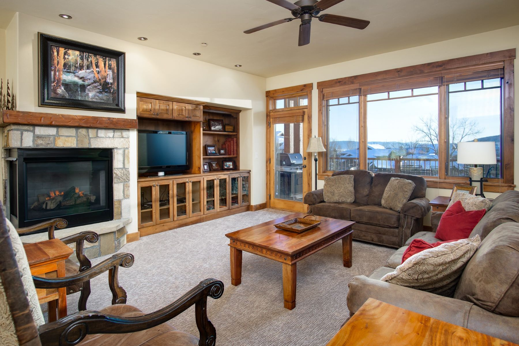 Condominiums por un Venta en Emerald Lodge at Trappeur's Crossing 1800 Medicine Springs Drive Unit #5204 Steamboat Springs, Colorado 80487 Estados Unidos