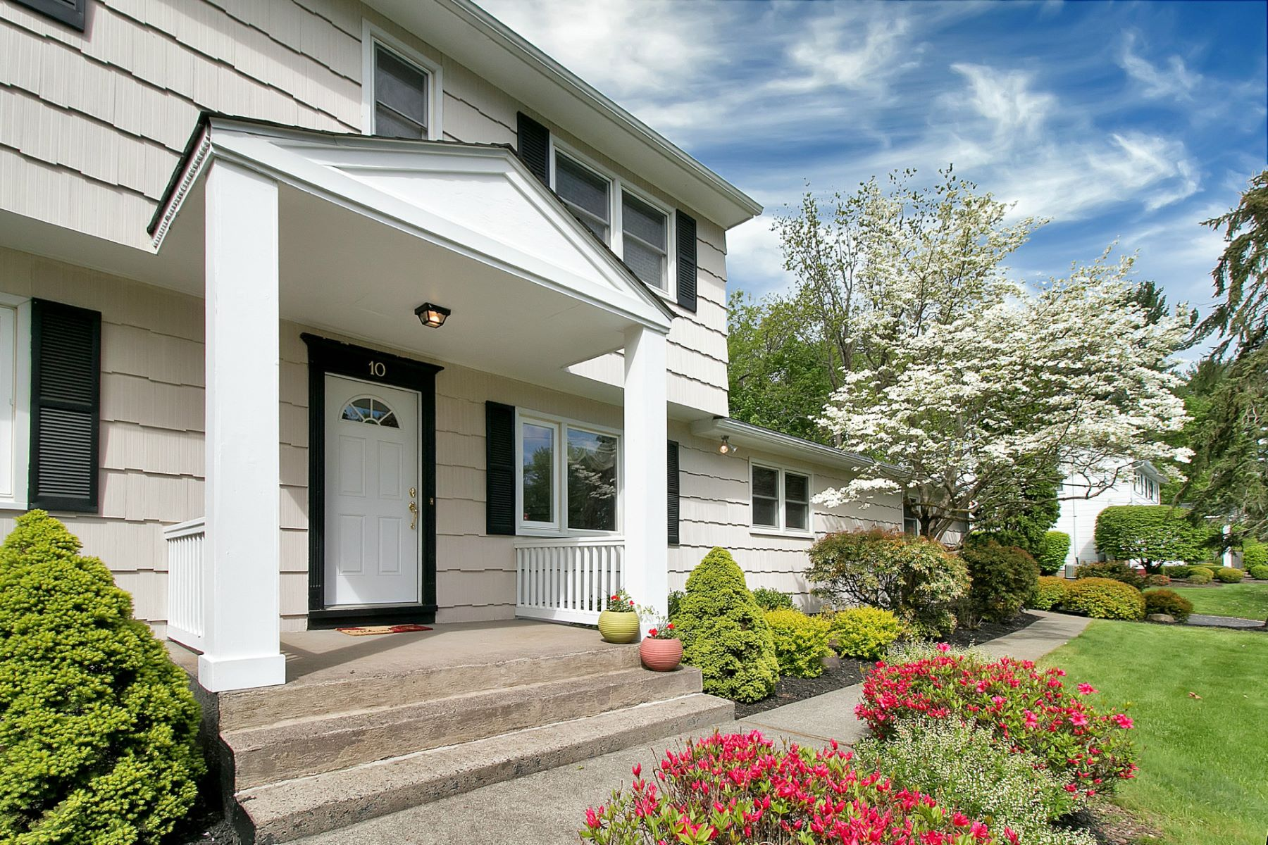 Single Family Home for Sale at Colonial in Lush Landscaped Setting 10 Jennifer Drive New City, New York 10956 United States