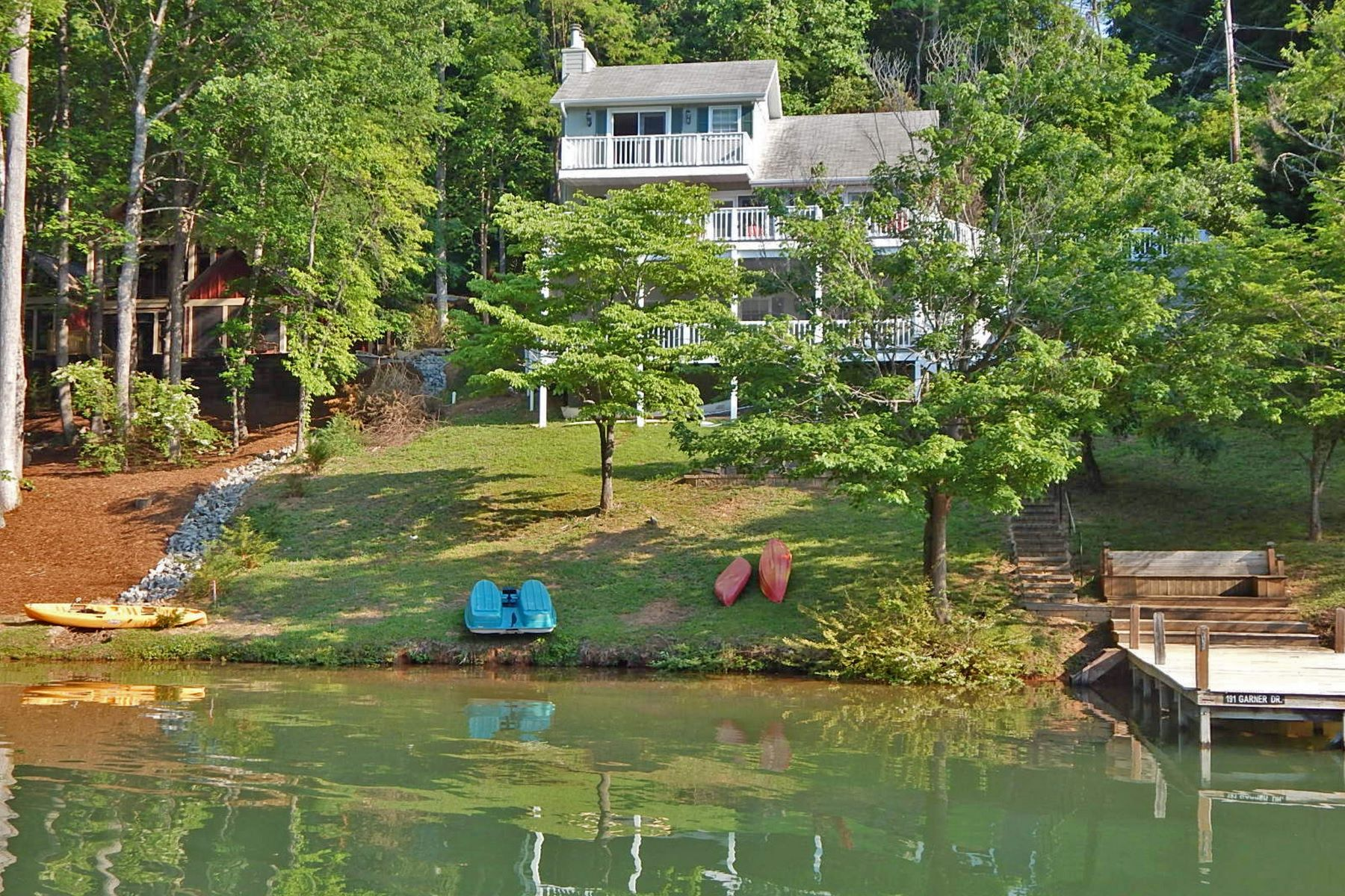 Single Family Homes for Active at 191 Garner Drive, Lake Lure, NC 191 Garner Drive Lake Lure, North Carolina 28746 United States