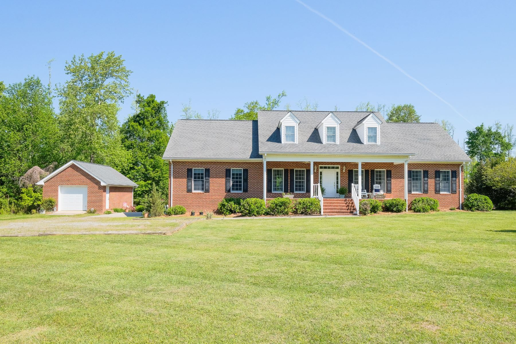 Single Family Home for Active at AWAY FROM CITY NOISE 244 Summerby Rd Roper, North Carolina 27970 United States