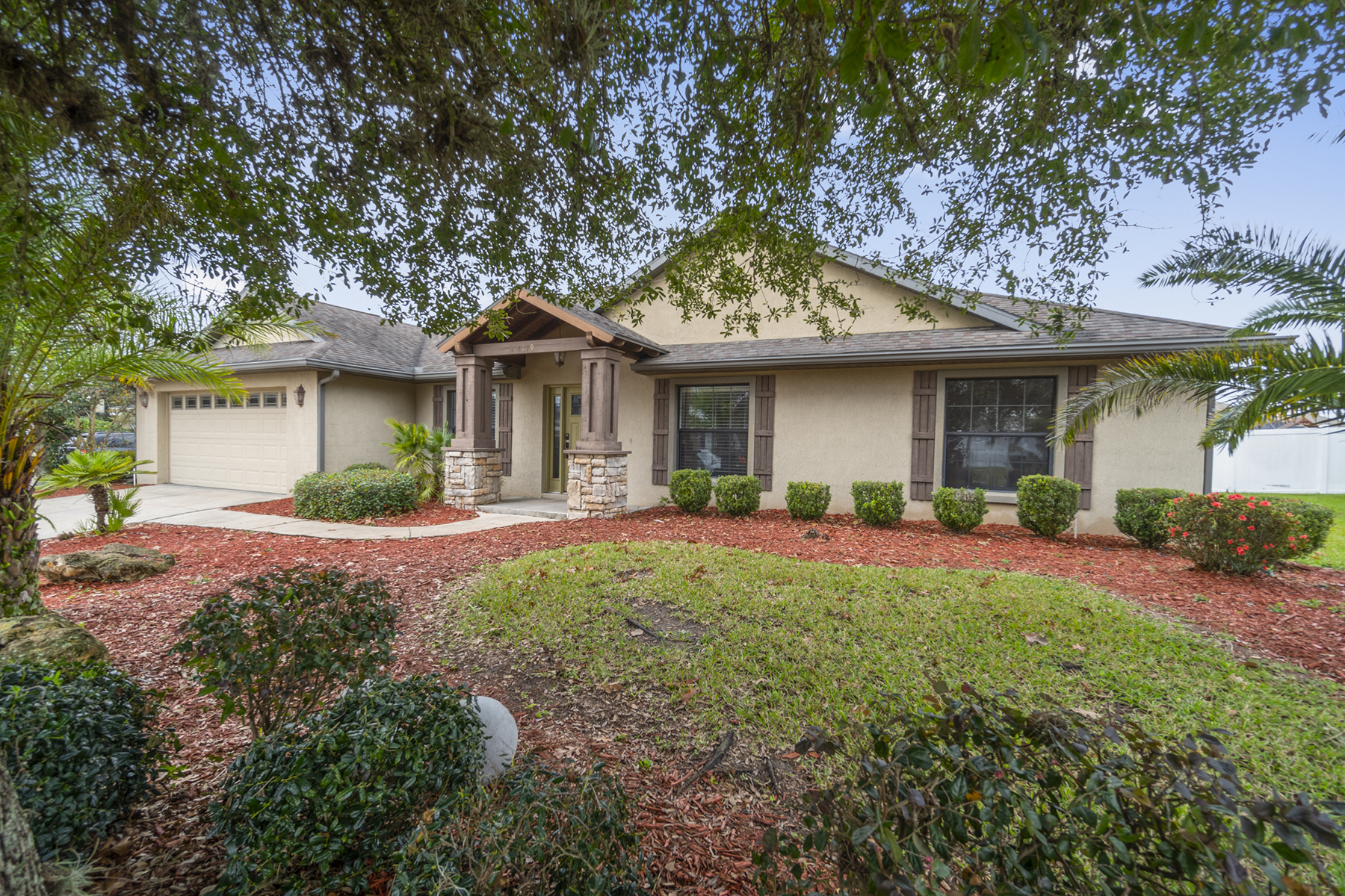 Single Family Homes por un Venta en OCALA 4719 Se 33rd St, Ocala, Florida 34480 Estados Unidos