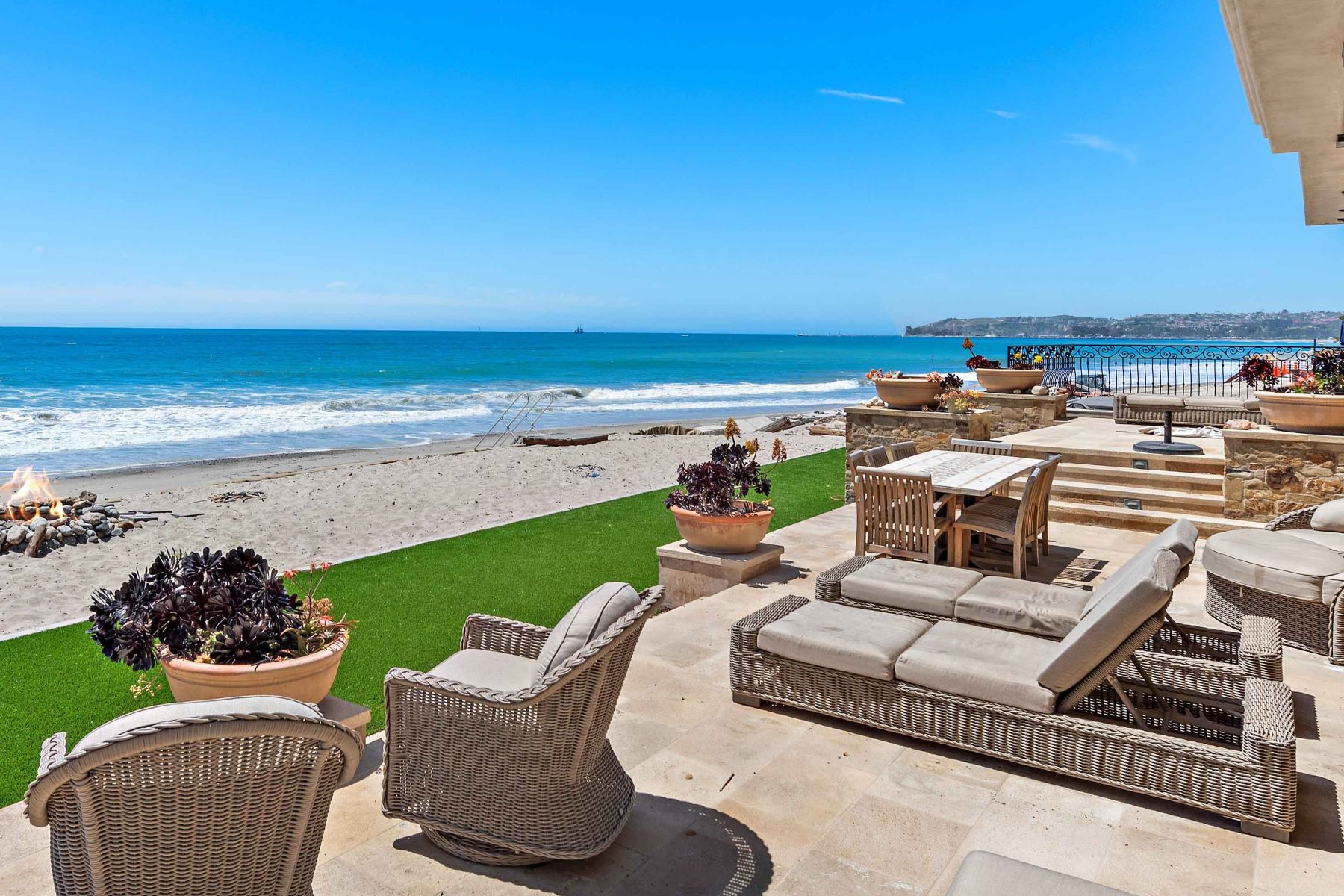 Single Family Homes for Sale at 35105 Beach Road Dana Point, California 92624 United States