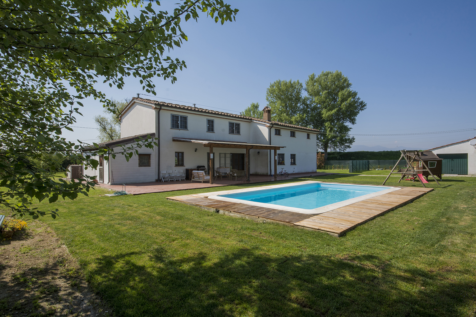 Single Family Home for Sale at Independent farmhouse with swimming pool Other Pistoia, Pistoia Italy