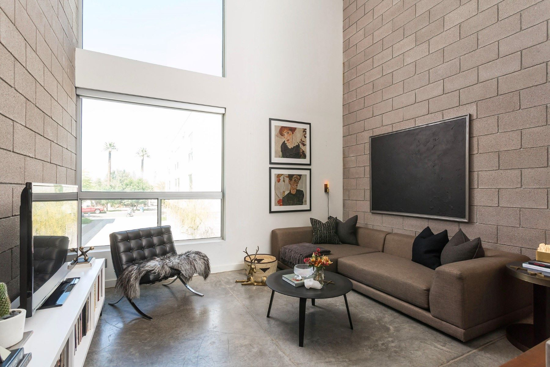 Townhouse for Sale at Live the downtown life in this upscale-industrial loft 727 E Portland St #30 Phoenix, Arizona, 85006 United States